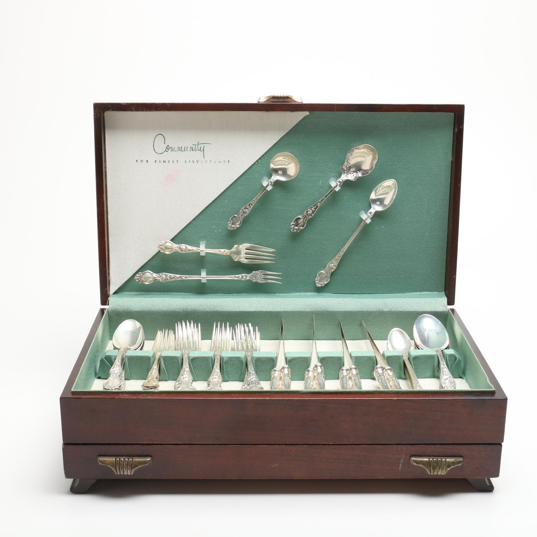 "Wallace ""Violet"" Sterling Silver Flatware"