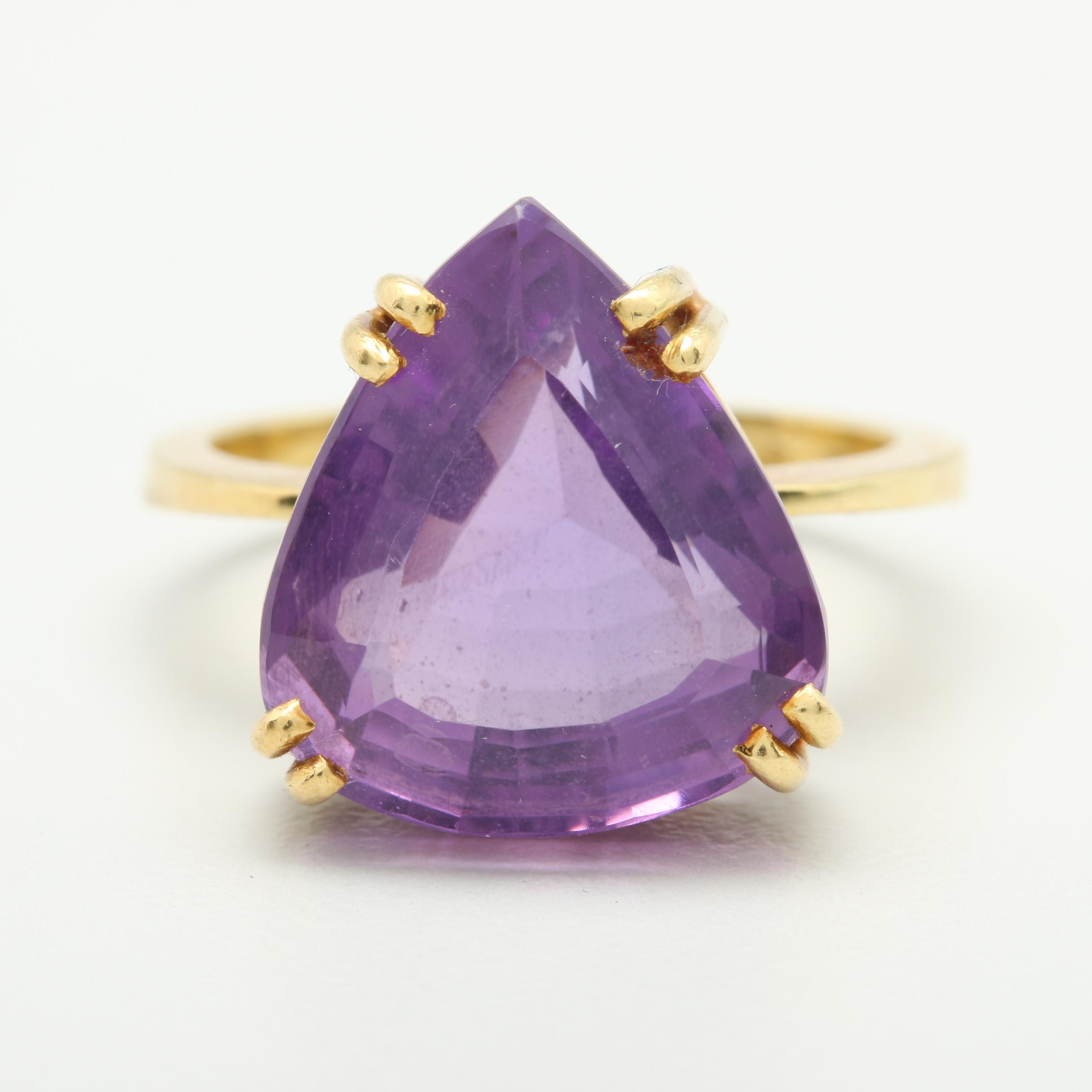 18K Yellow Gold 9.90 CT Amethyst Ring
