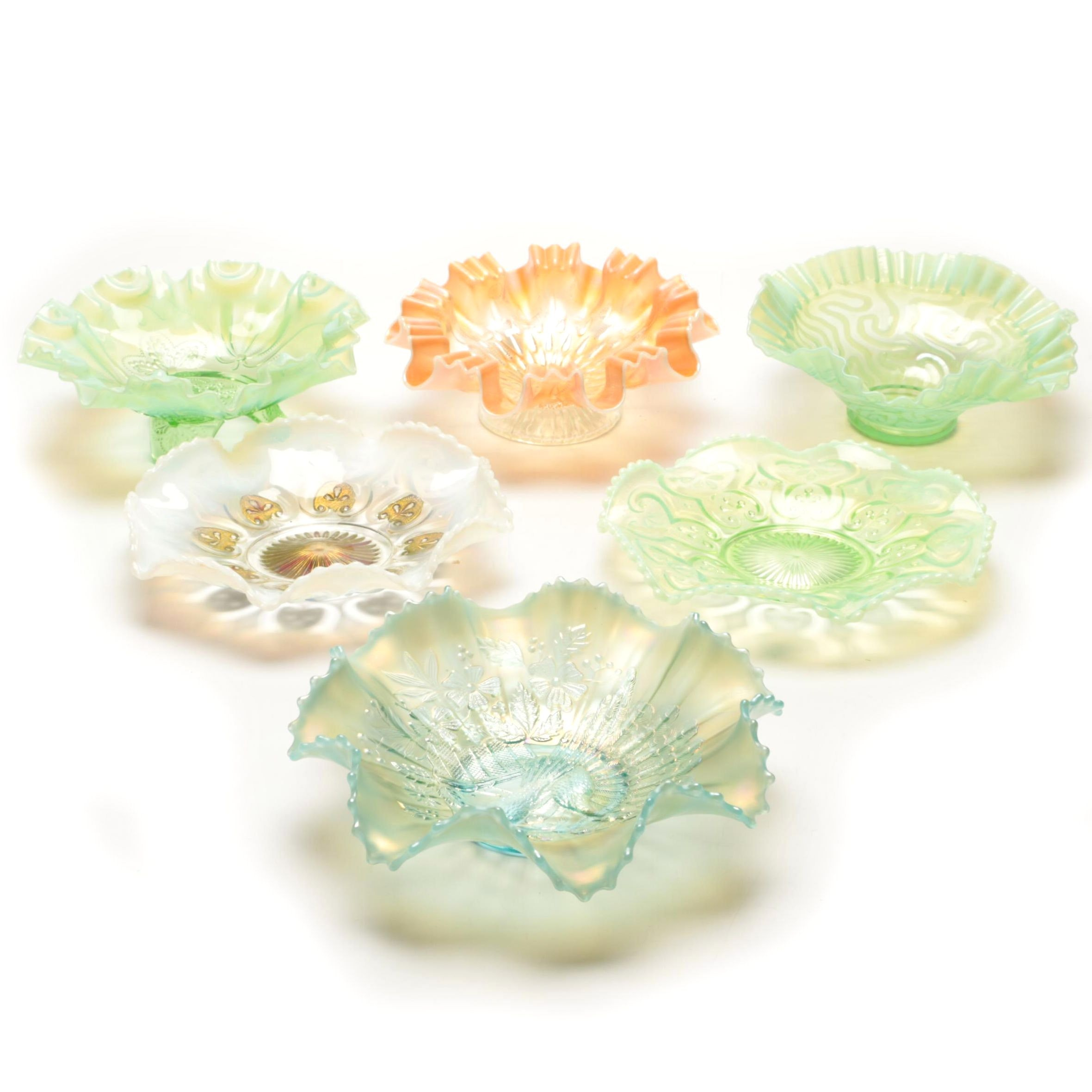 """Vintage Carnival and Opalescent Bowls with Northwood """"Peacocks on the Fence"""""""