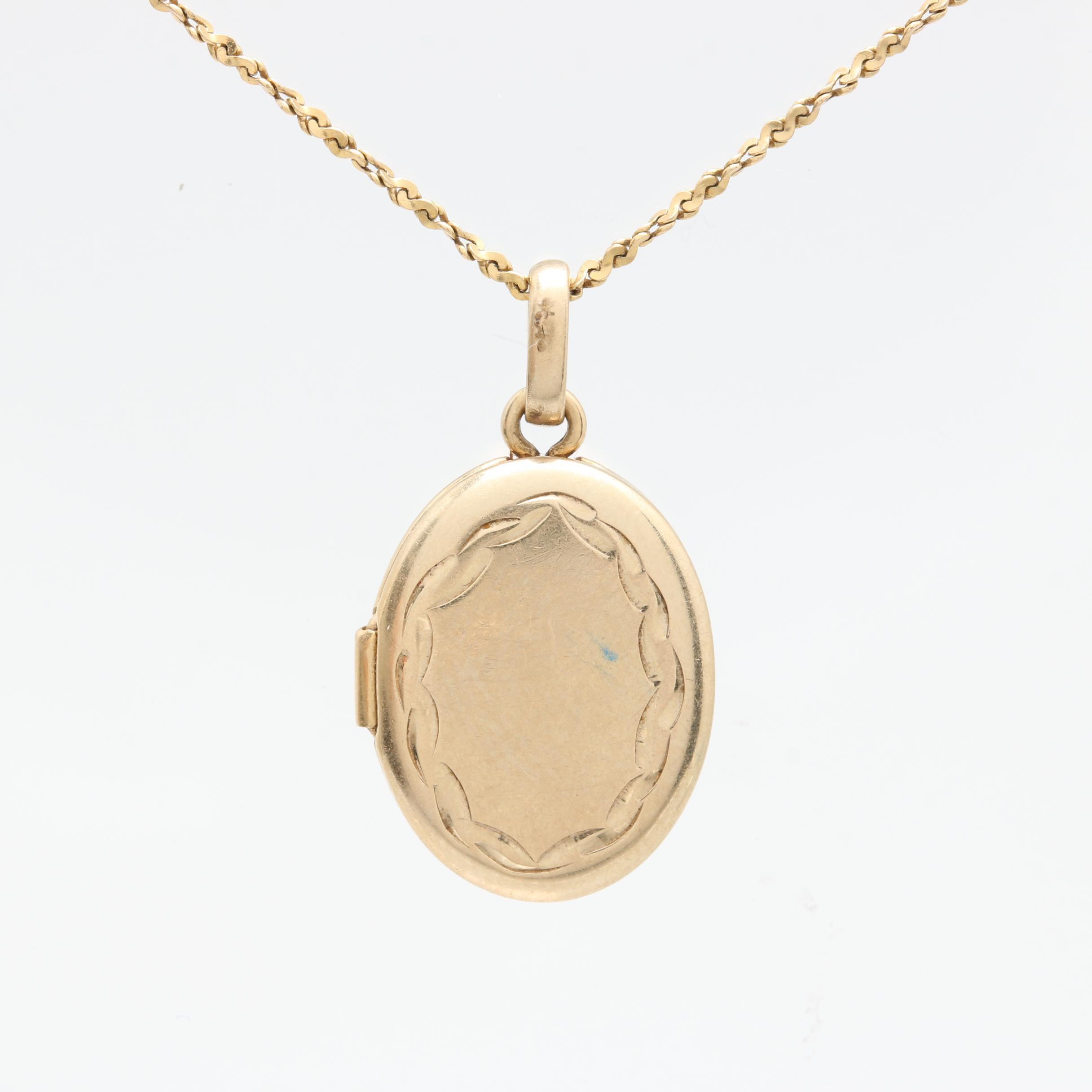 14K Yellow Gold Locket Pendant Necklace