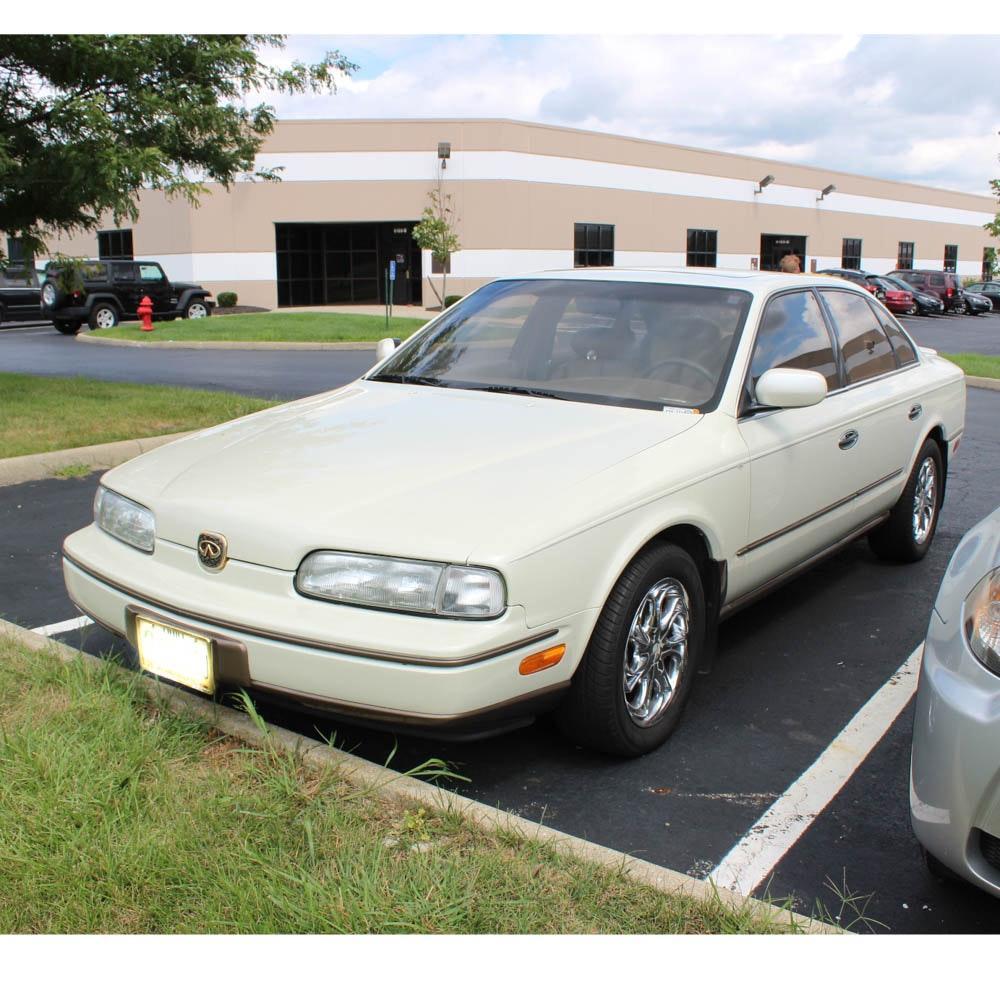 1992 Infiniti Q45 Sedan