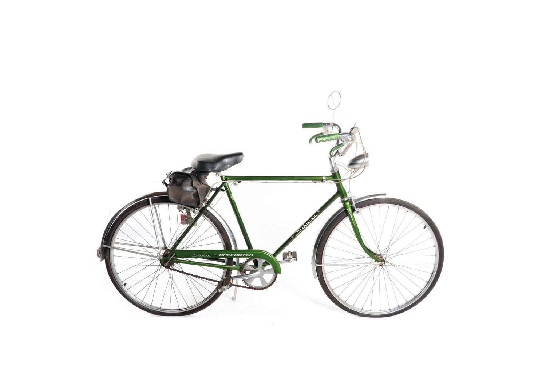 """Vintage Schwinn """"Speedster"""" Cruiser Bicycle"""