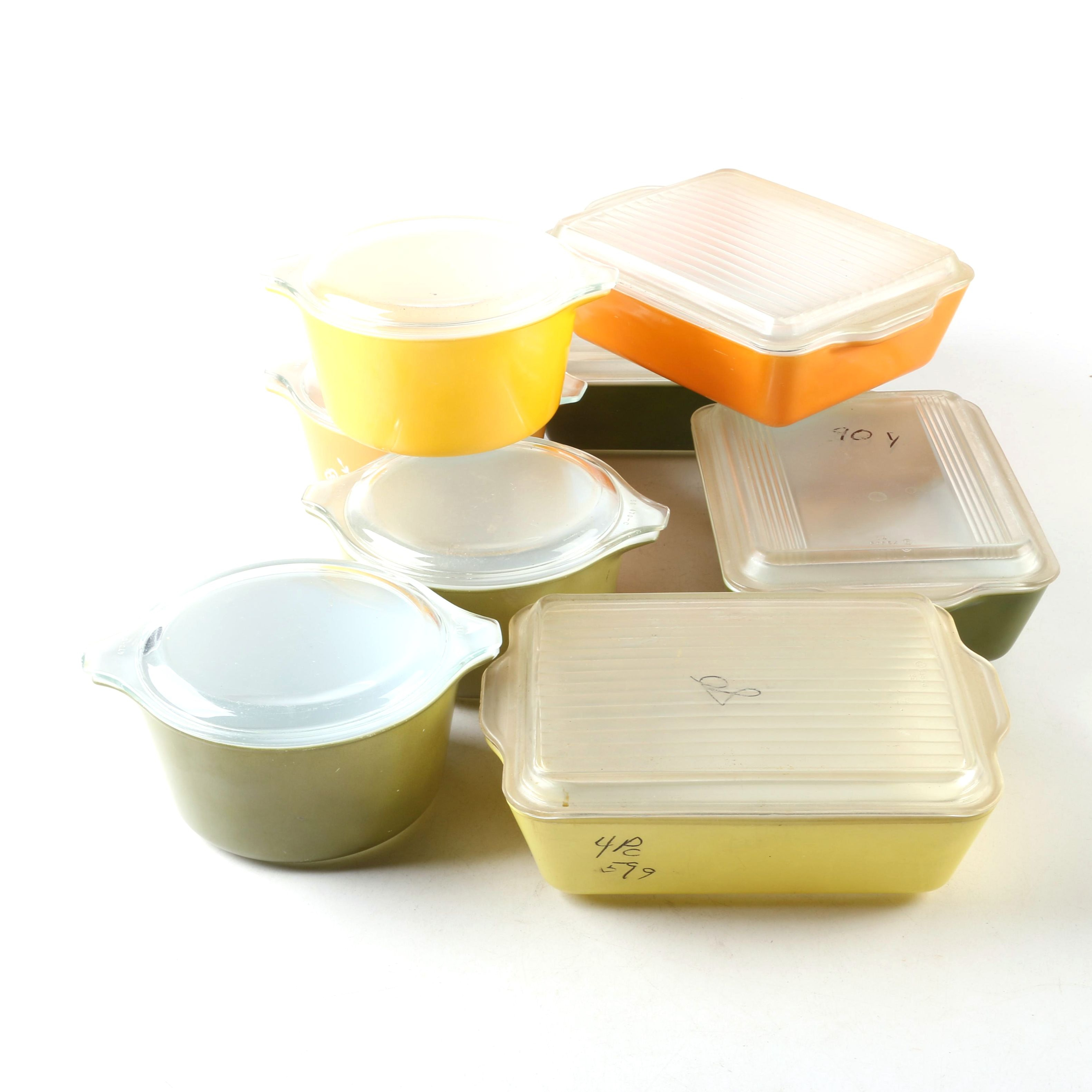 """Vintage Pyrex Casserole and Refrigerator Dishes featuring """"Butterfly Gold"""""""