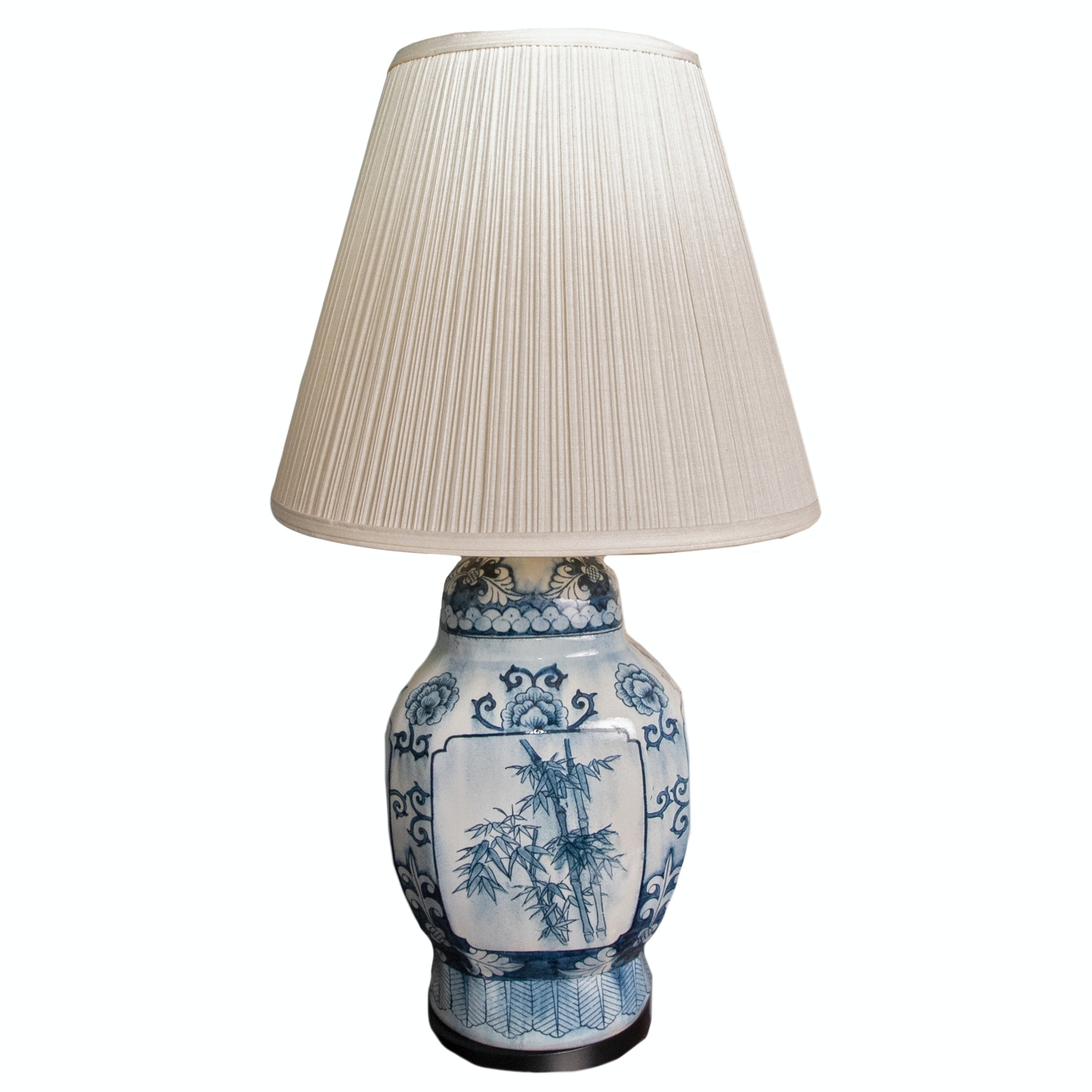 Chinese Ceramic Urn Table Lamp