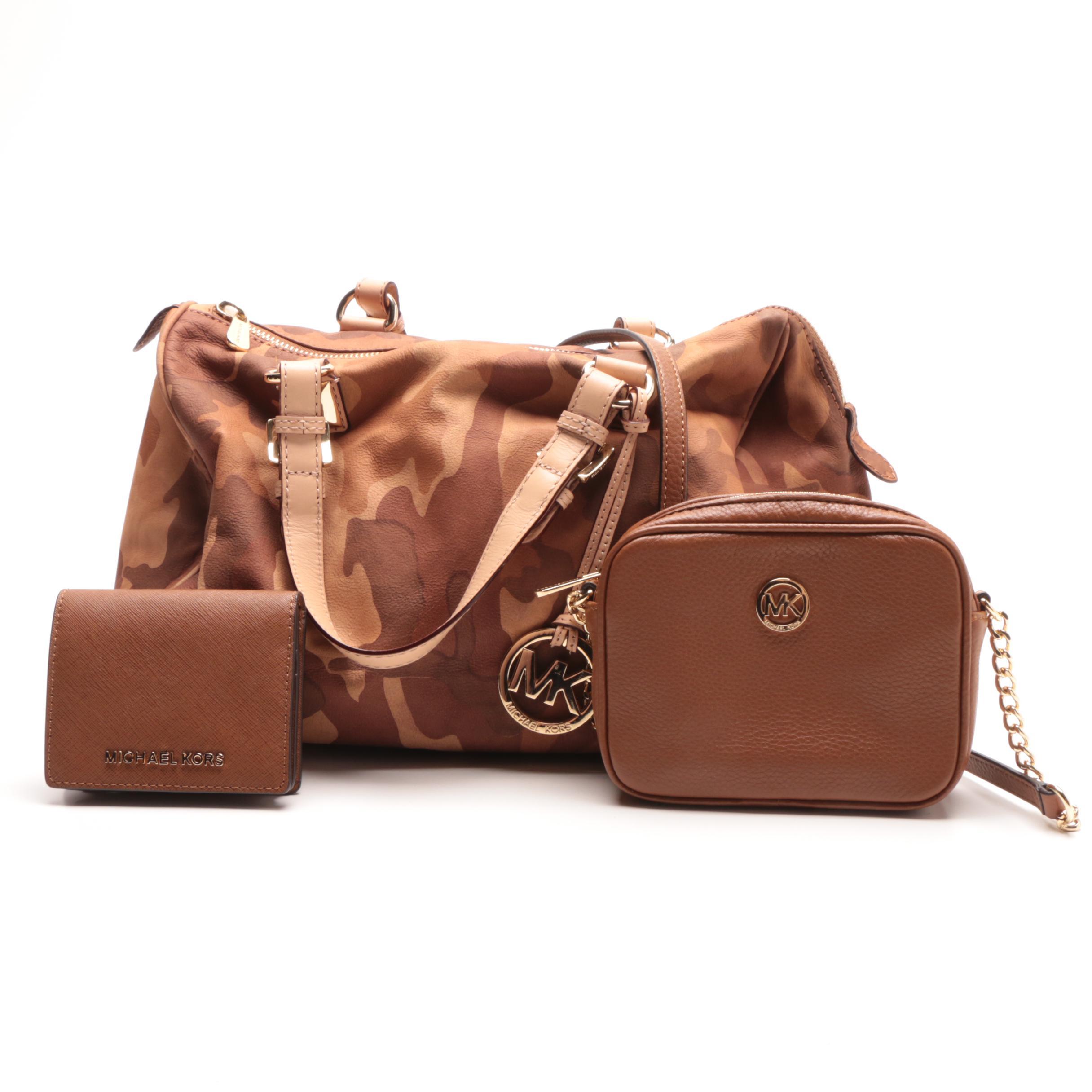 ec185cea3fa1 ... australia usa michael michael kors grayson brown camo satchel and other  accessories 0bdd6 9fa14 28827 54b55