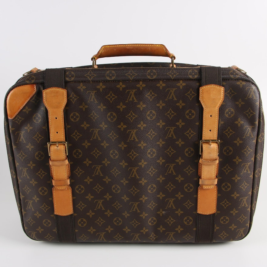 Louis Vuitton Sirius Monogram Canvas Suitcase   EBTH 237caace0c
