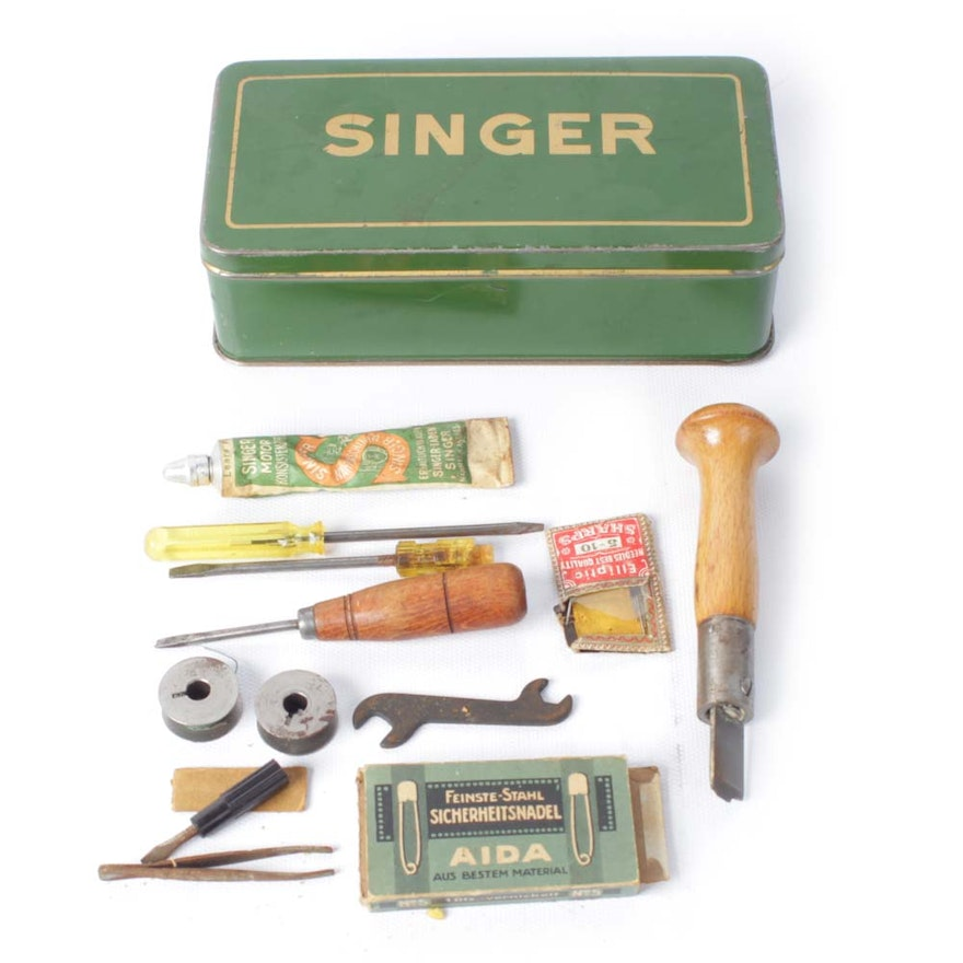 Vintage Singer Sewing Machine Repair Kit EBTH Mesmerizing Sewing Machine Repair Tools
