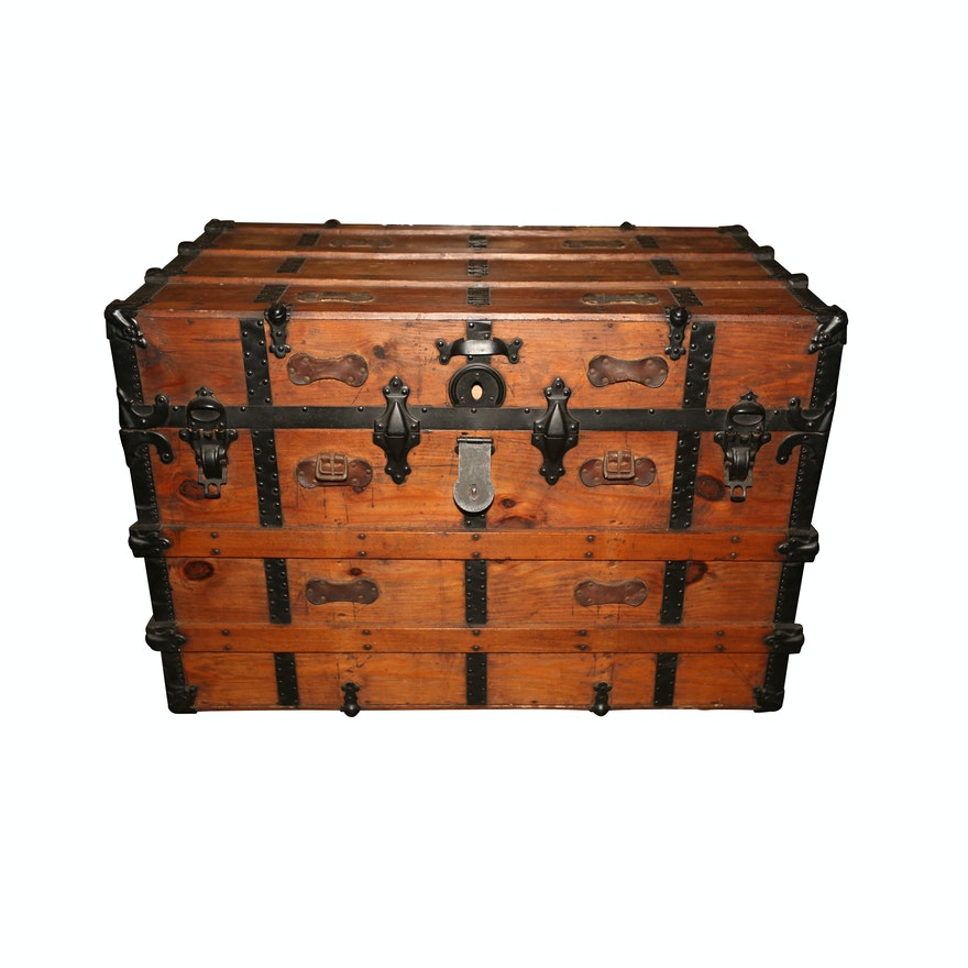Vintage Wood and Metal Trunk with Removable Storage Tray