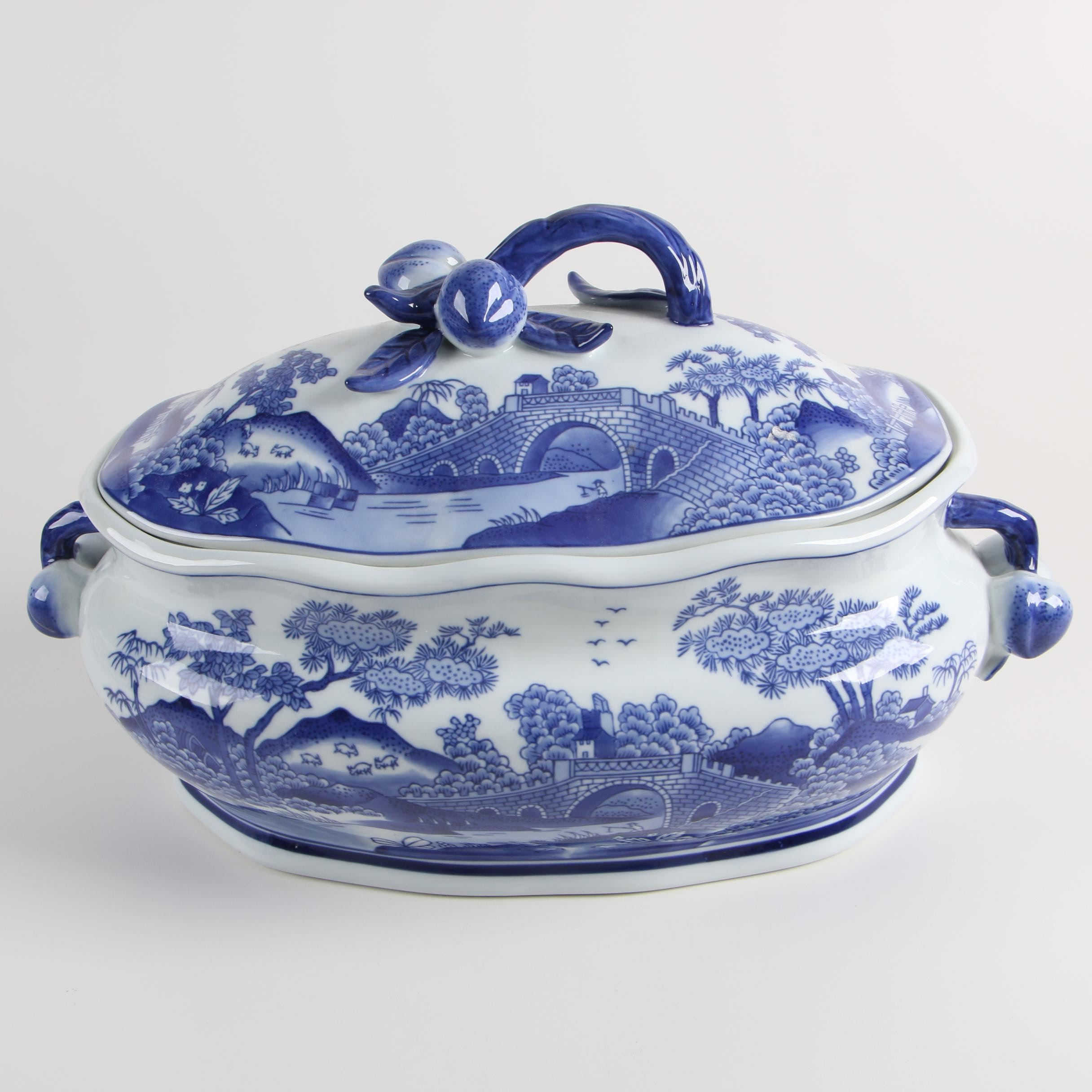 Bombay Chinese Blue and White Covered Tureen