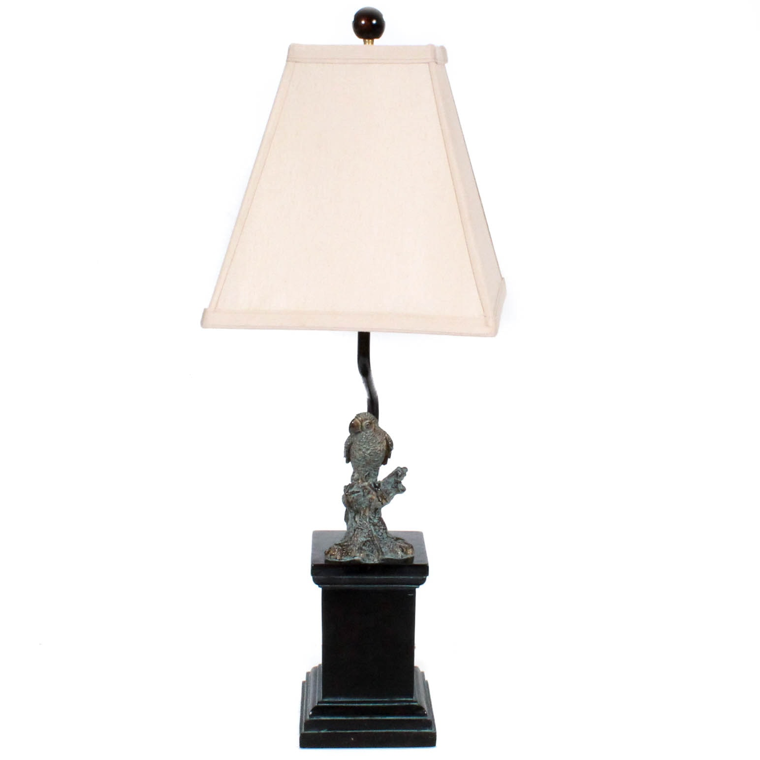 Figural Parrot Table Lamp