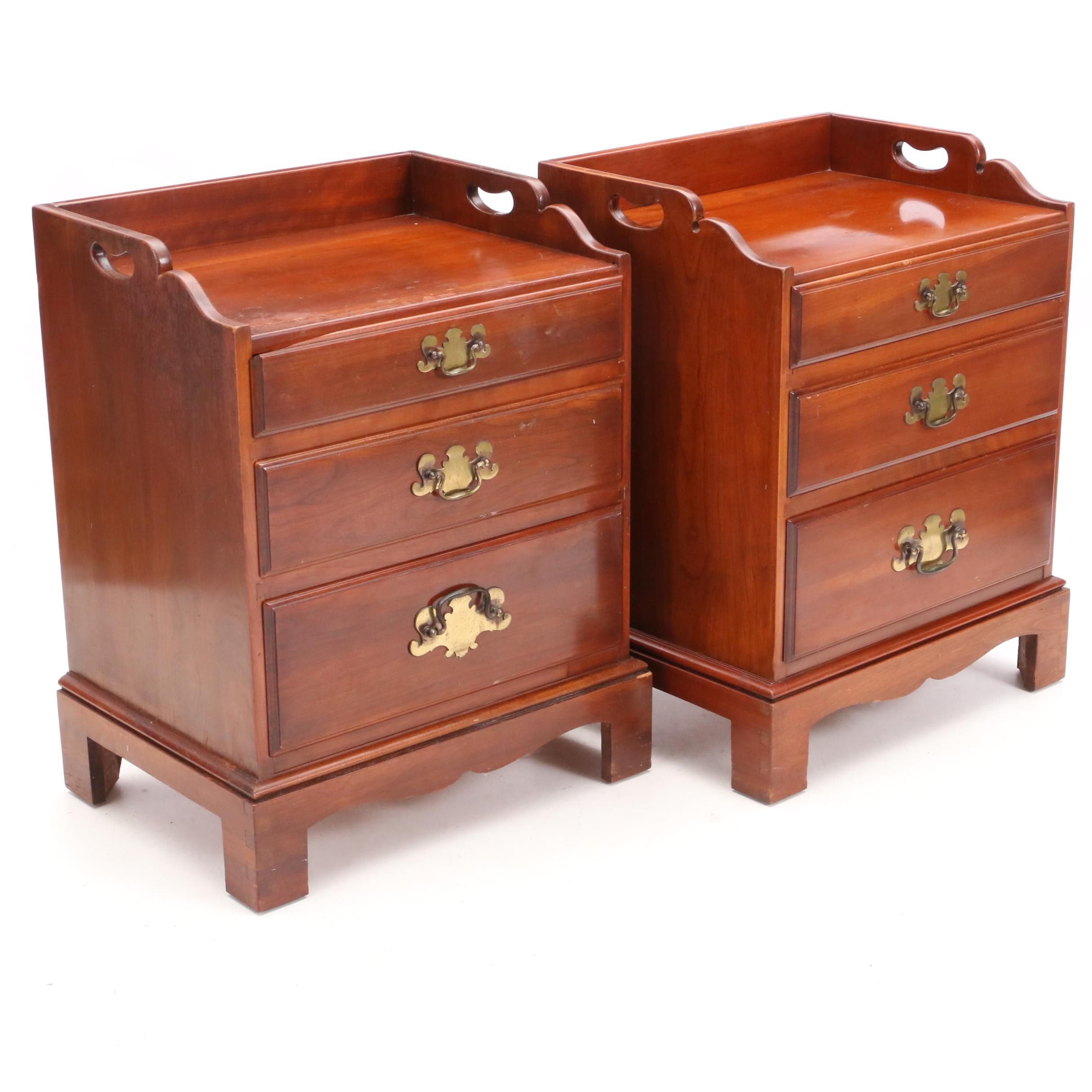Charmant Vintage Cherry End Tables By Sherwood Furniture ...