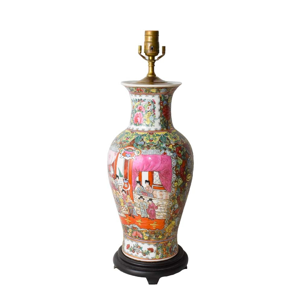 "Chinese ""Rose Medallion"" Ceramic Table Lamp"