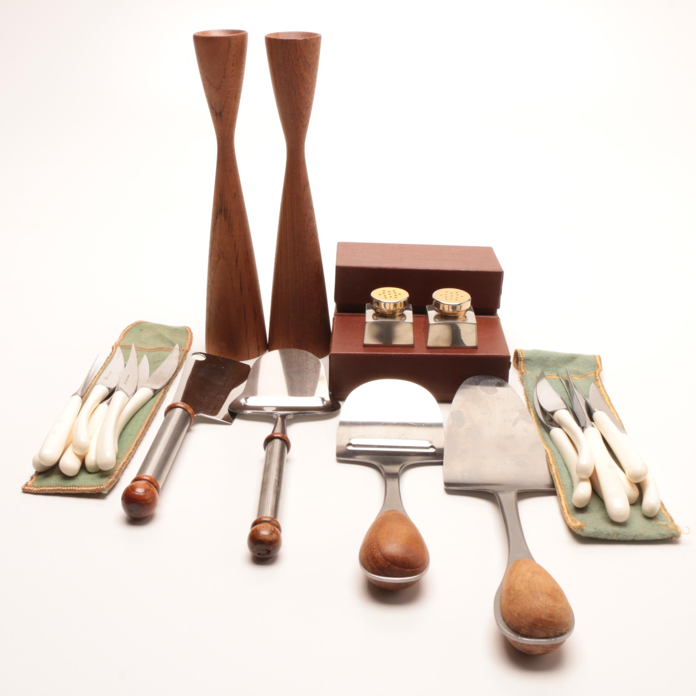 Assorted Mid Century Modern Tableware