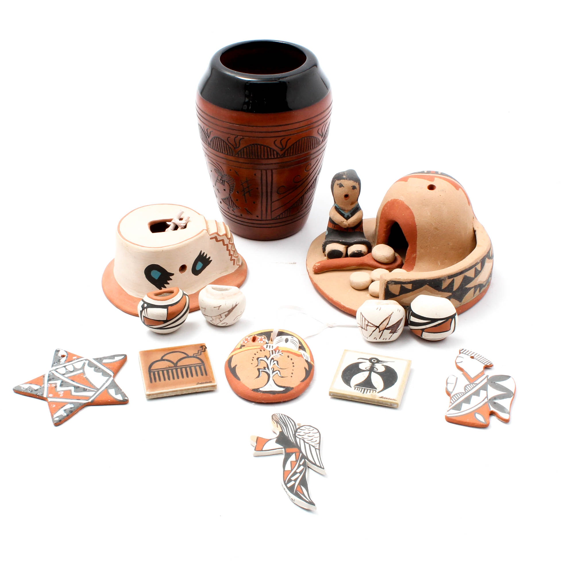 Native American Ceramics Featuring Jemez and Navajo Pottery