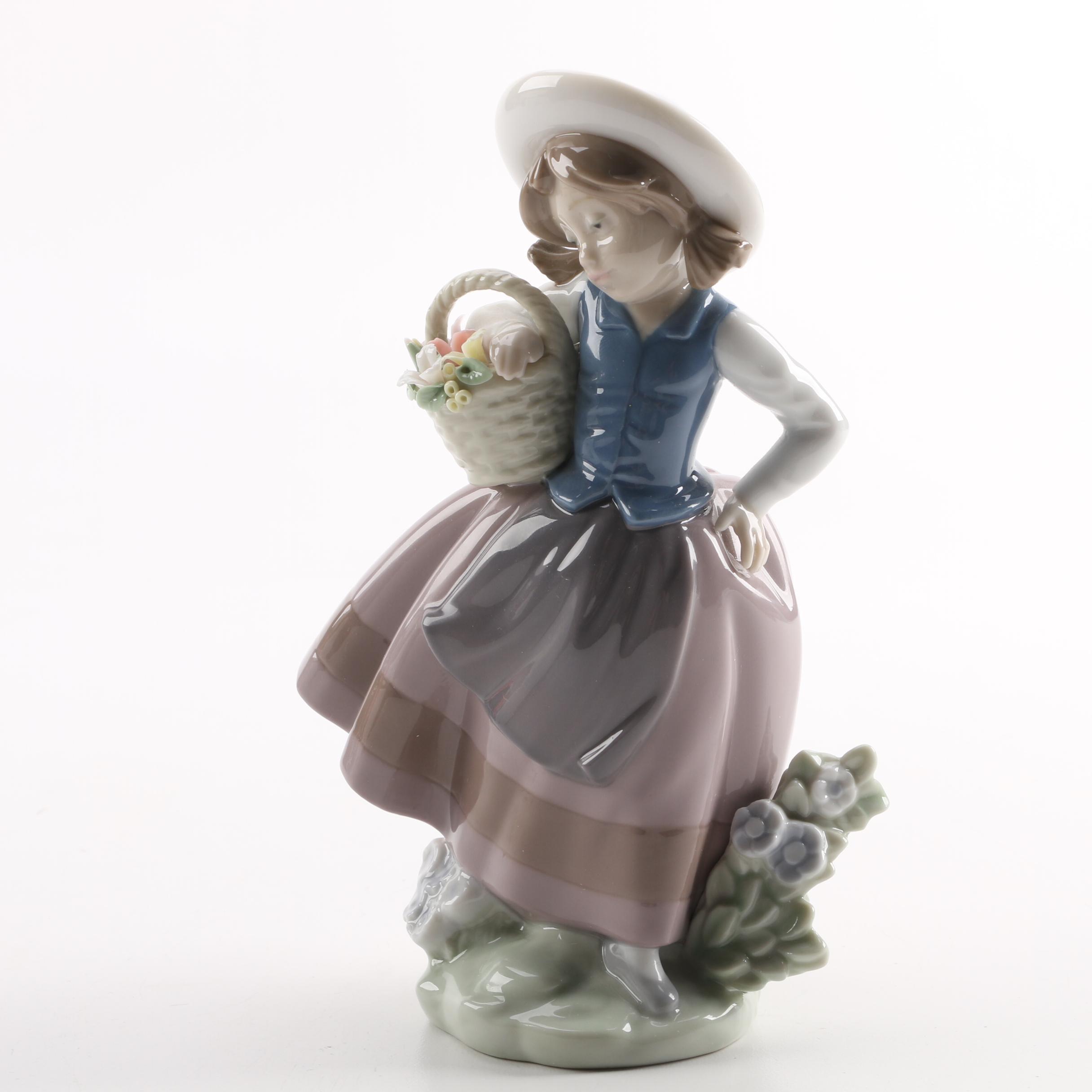 "Lladró ""Sweet Scent"" Porcelain Figurine"