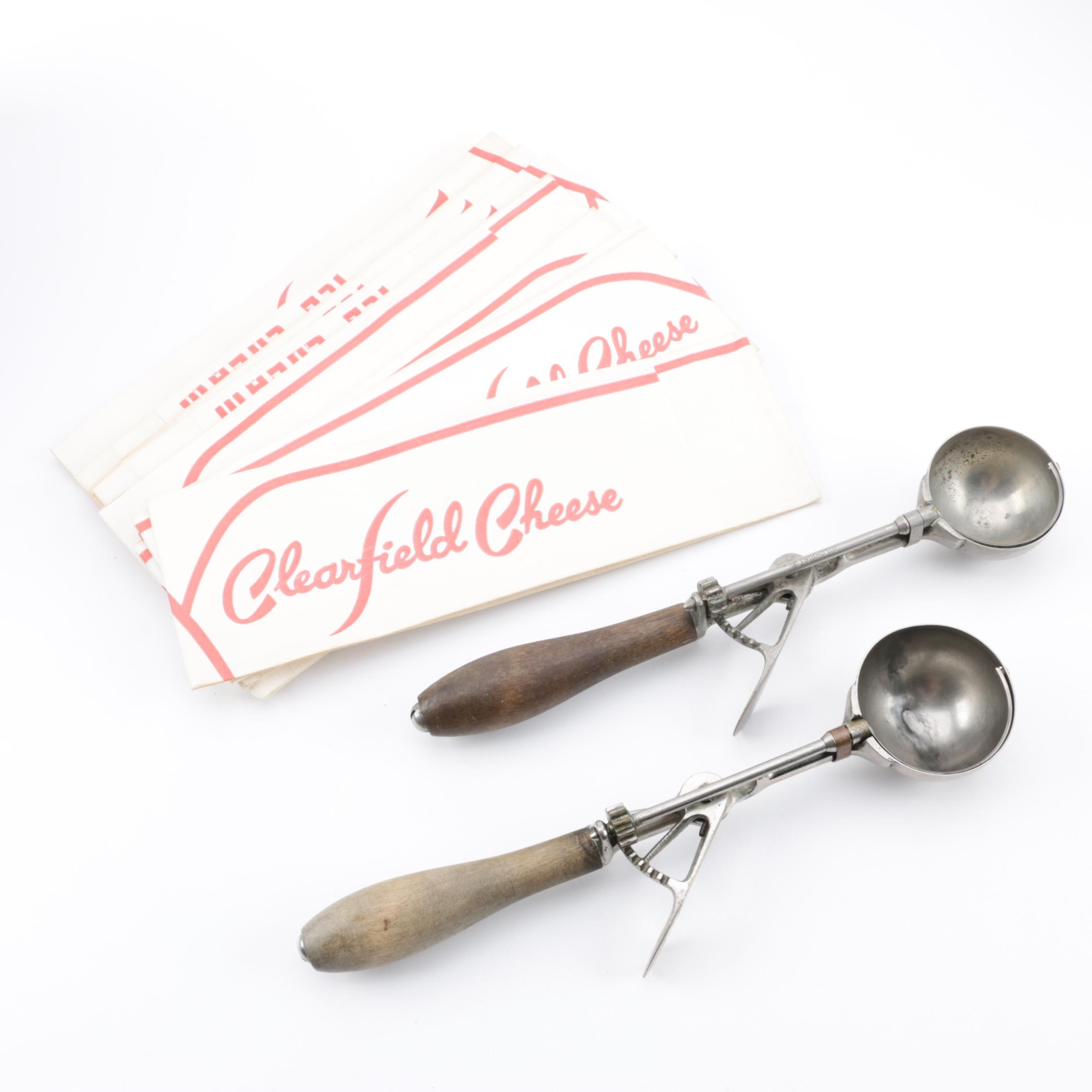 Gilchrist Ice Cream Scoops ca. 1910 with Paper Forage Hats