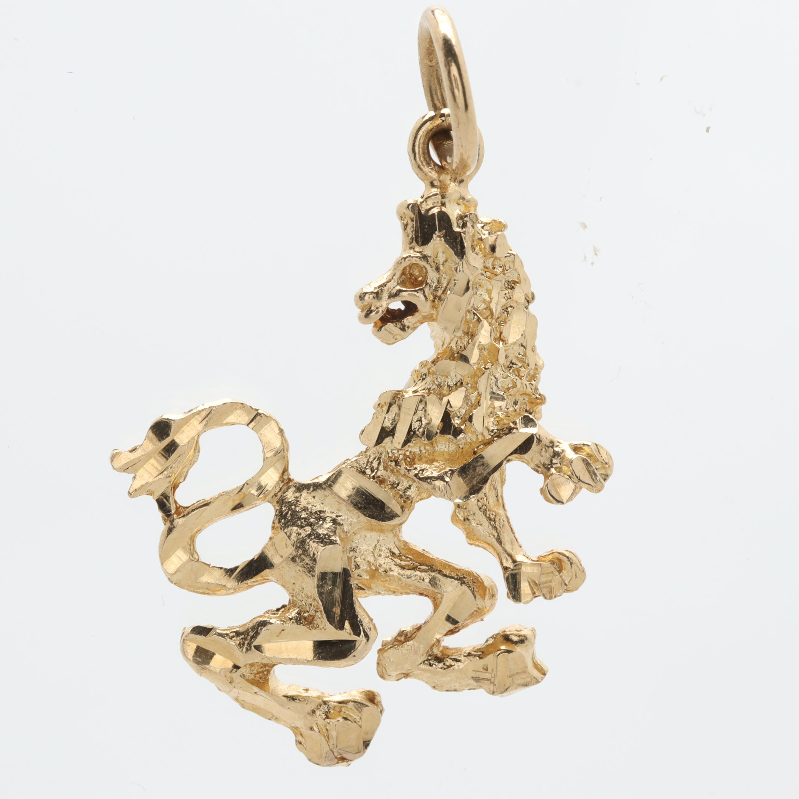 14K Yellow Gold Lion Rampant Pendant