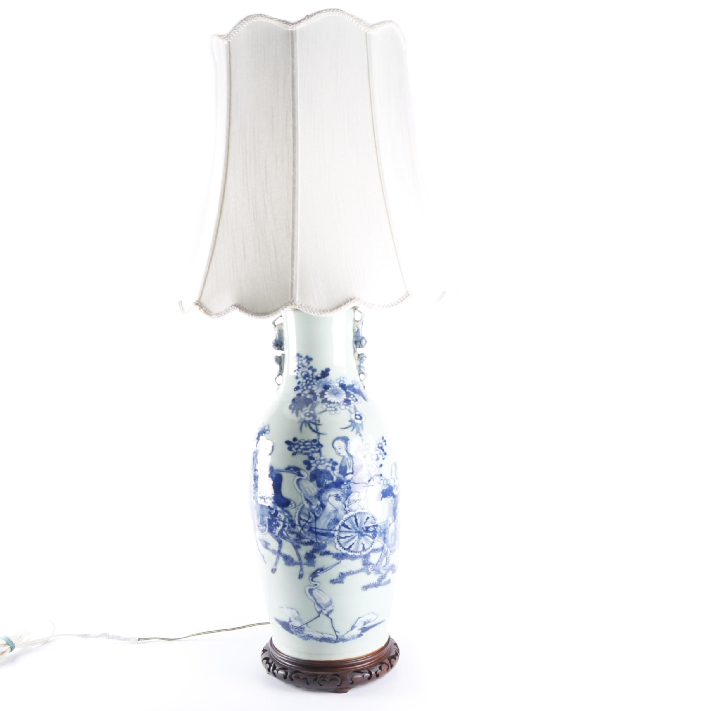 Chinese Blue and White Hand-Painted Vase Table Lamp with Fabric Shade