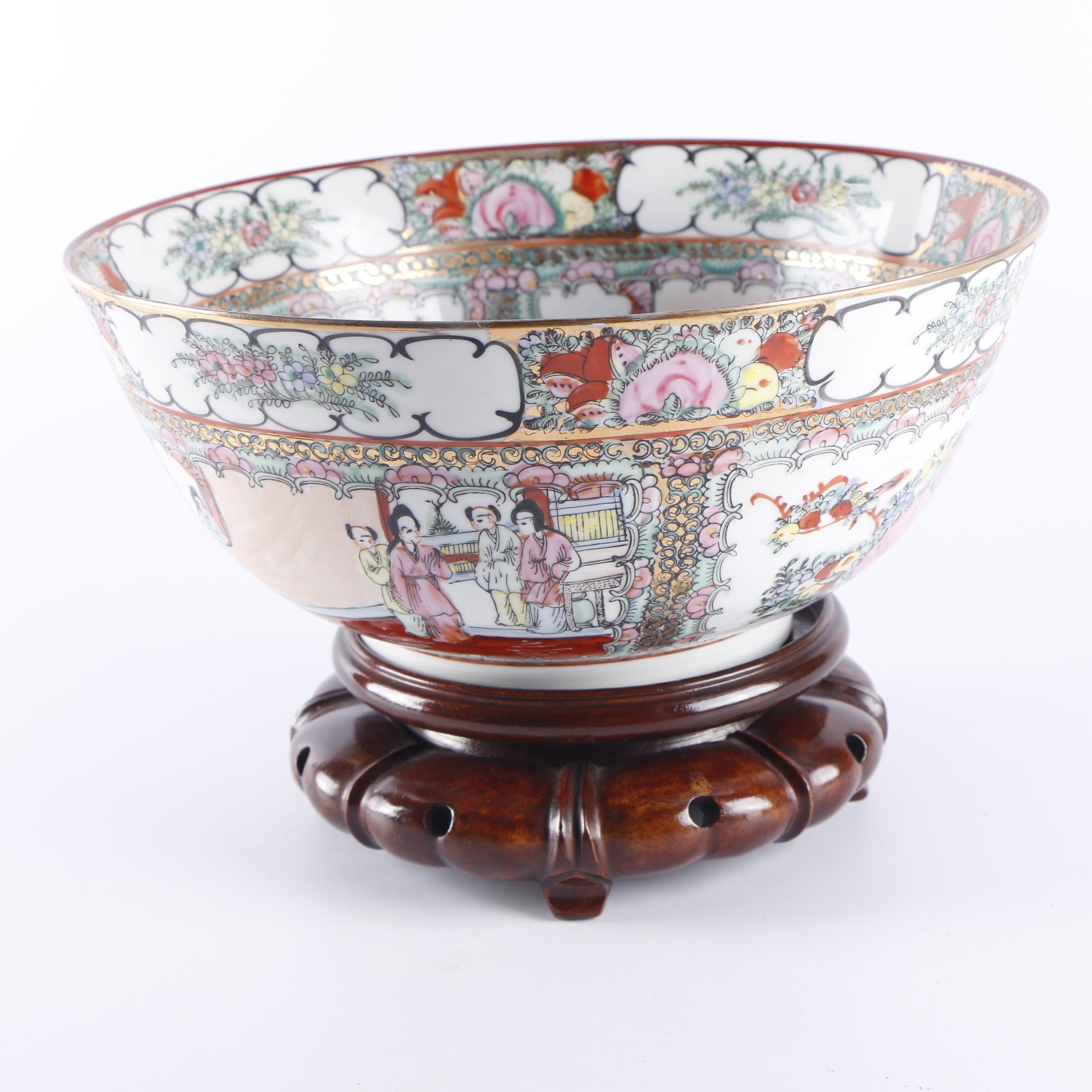 """Chinese Hand-Painted """"Rose Medallion"""" Ceramic Centerpiece Bowl with Wooden Stand"""