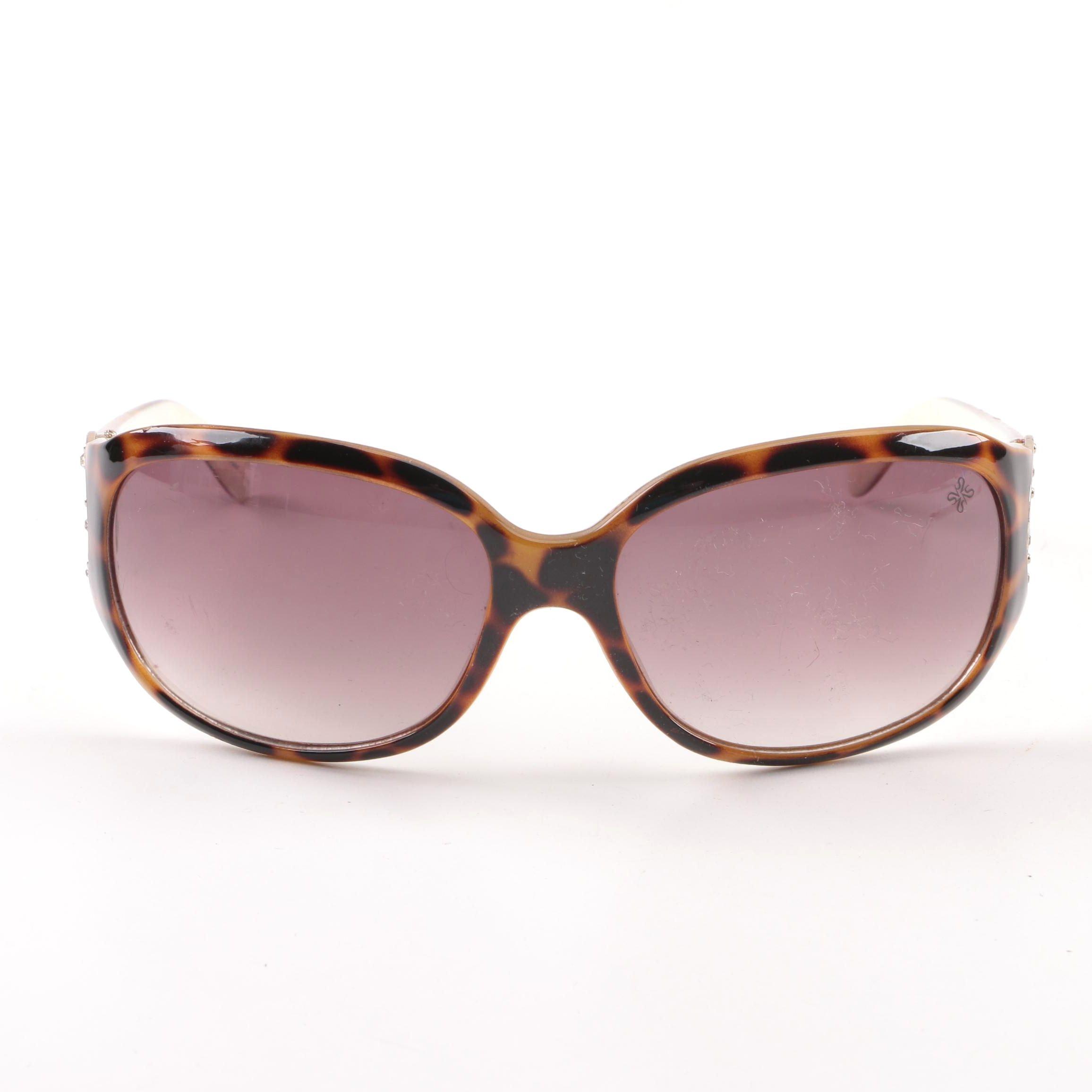 Vera Wang Simply Vera Tortoiseshell Style Sunglasses