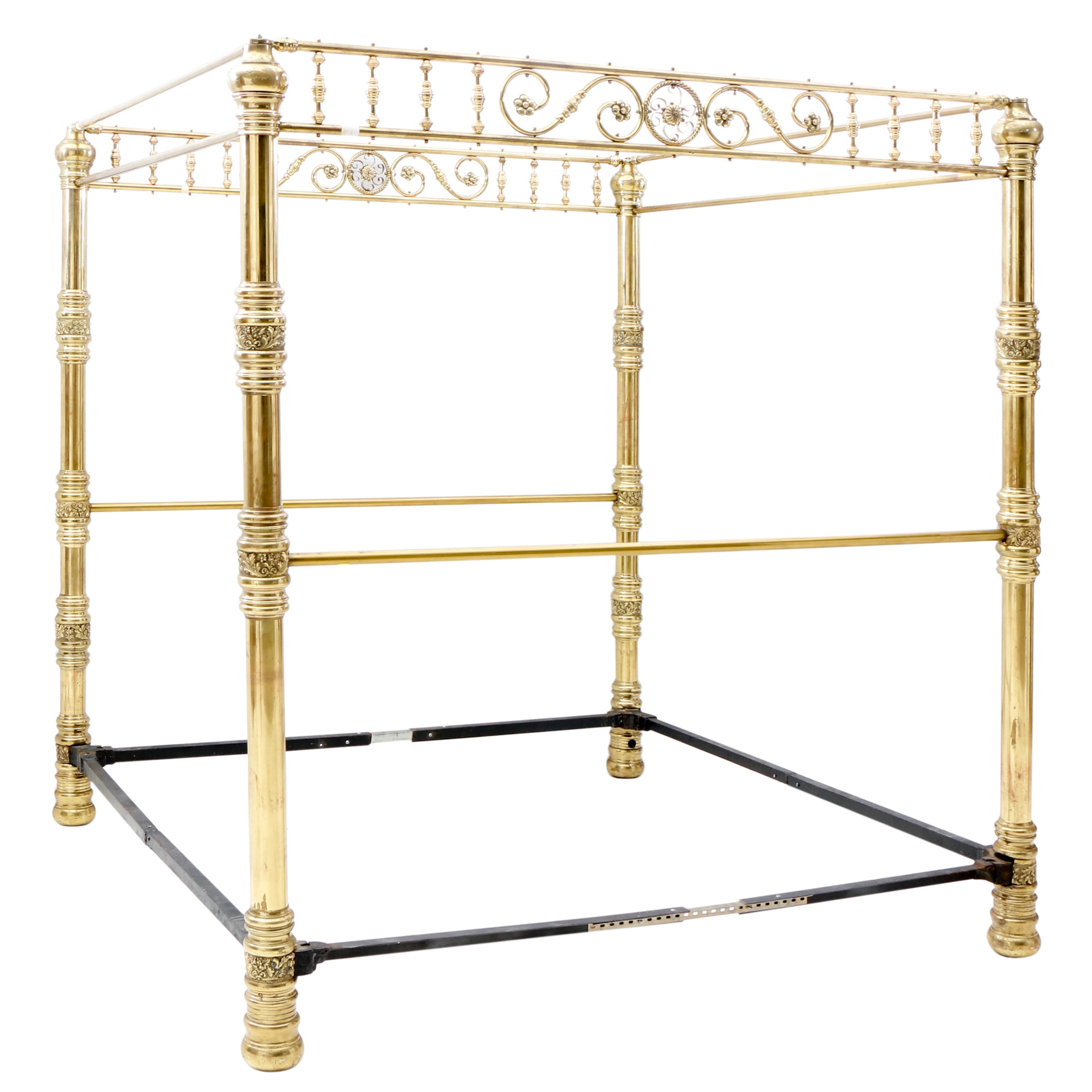 Victorian Brass Canopy Bed Frame Extended to King Size, late 19th Century