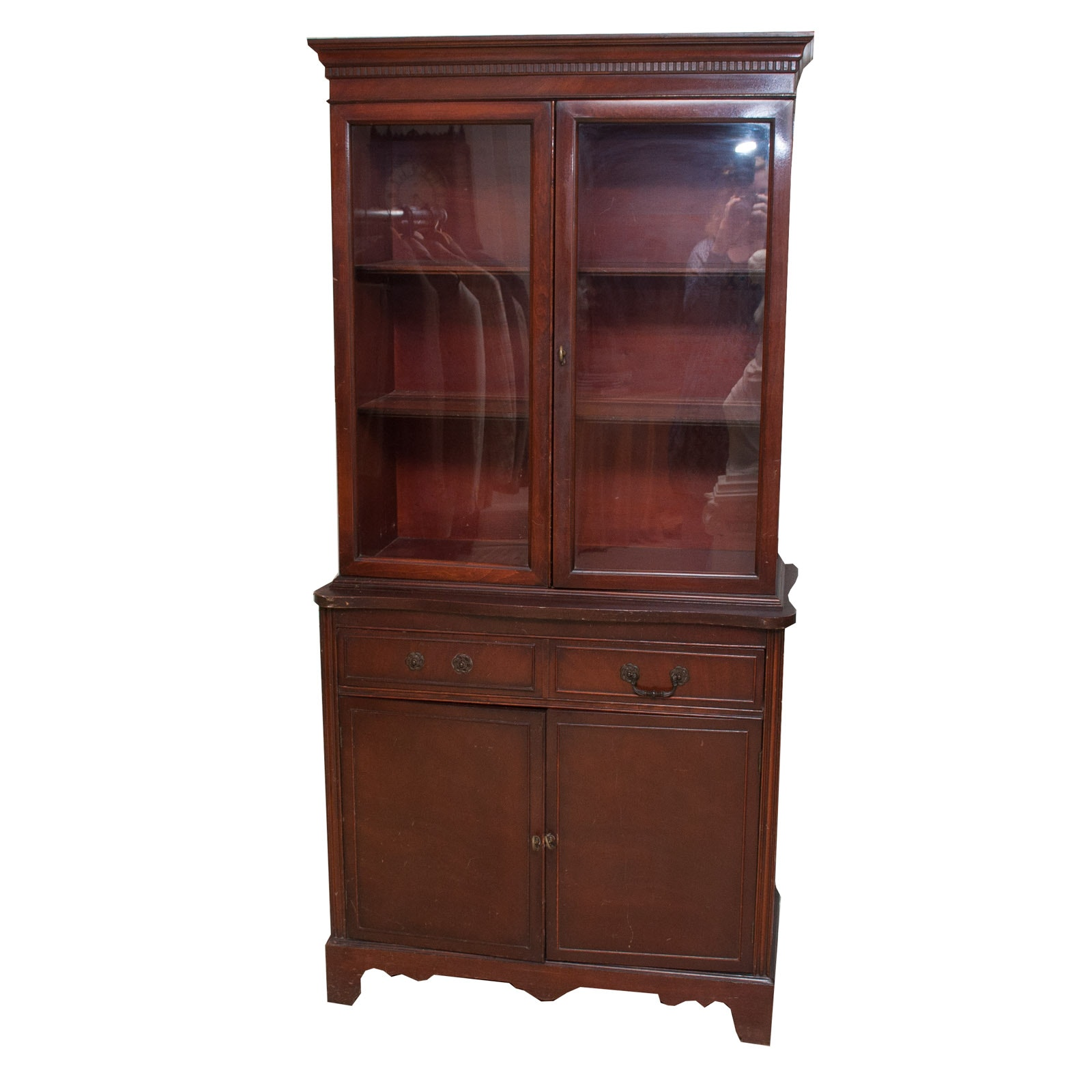 Federal Style Mahogany China Cabinet, Early to Mid-20th Century