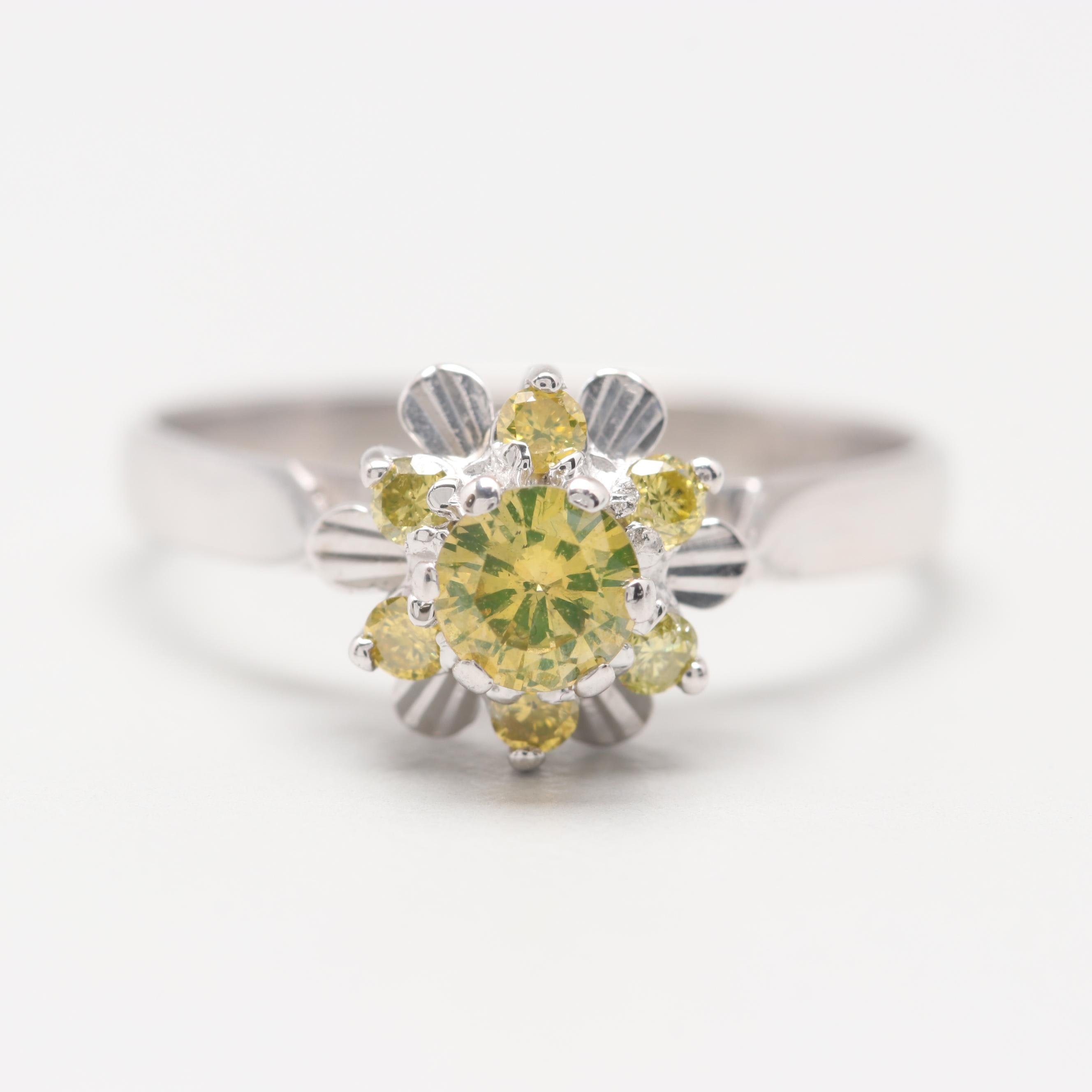 18K White Gold Diamond Floral  Motif Ring