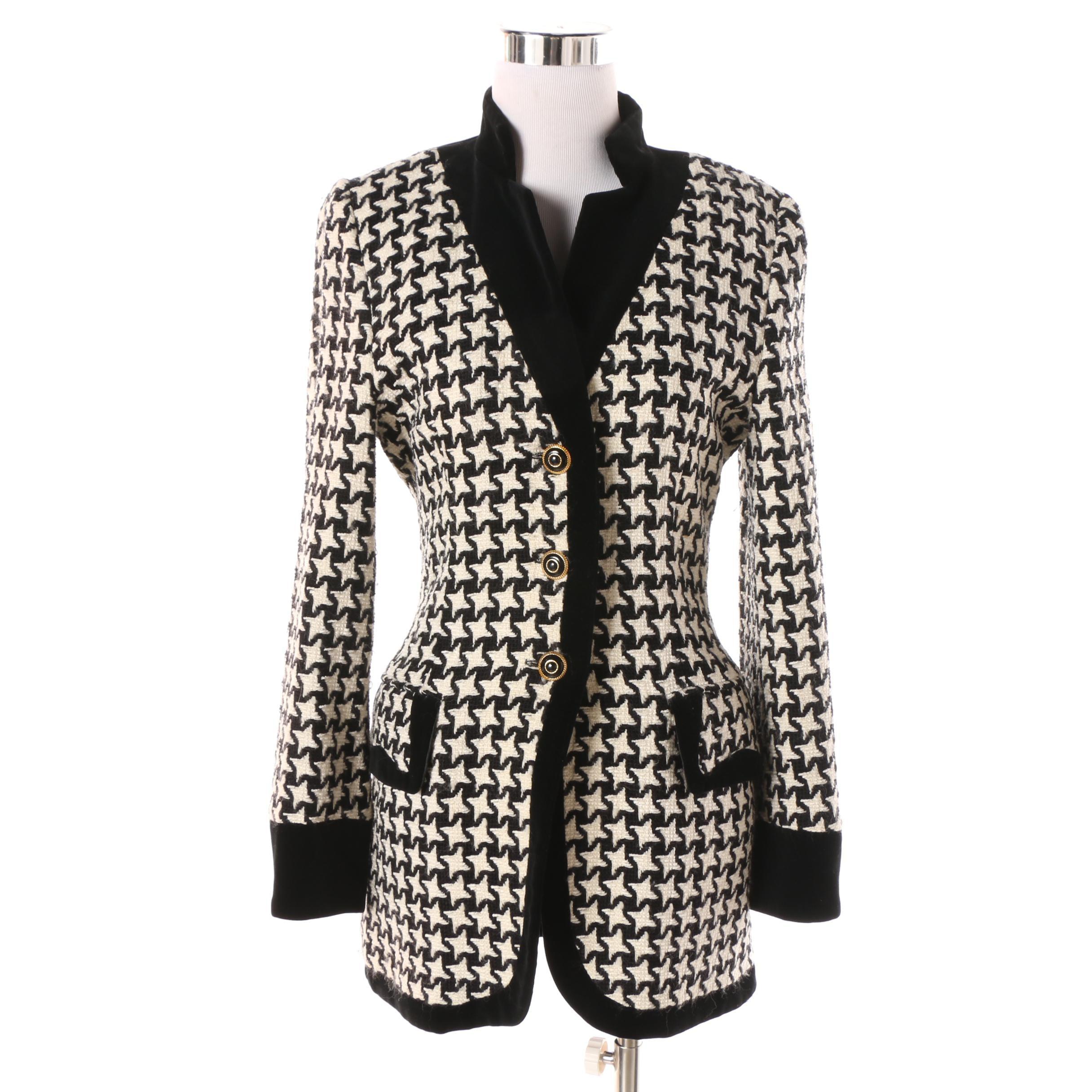 Women's Escada Velvet Trimmed Black and White Wool Blend Houndstooth Jacket