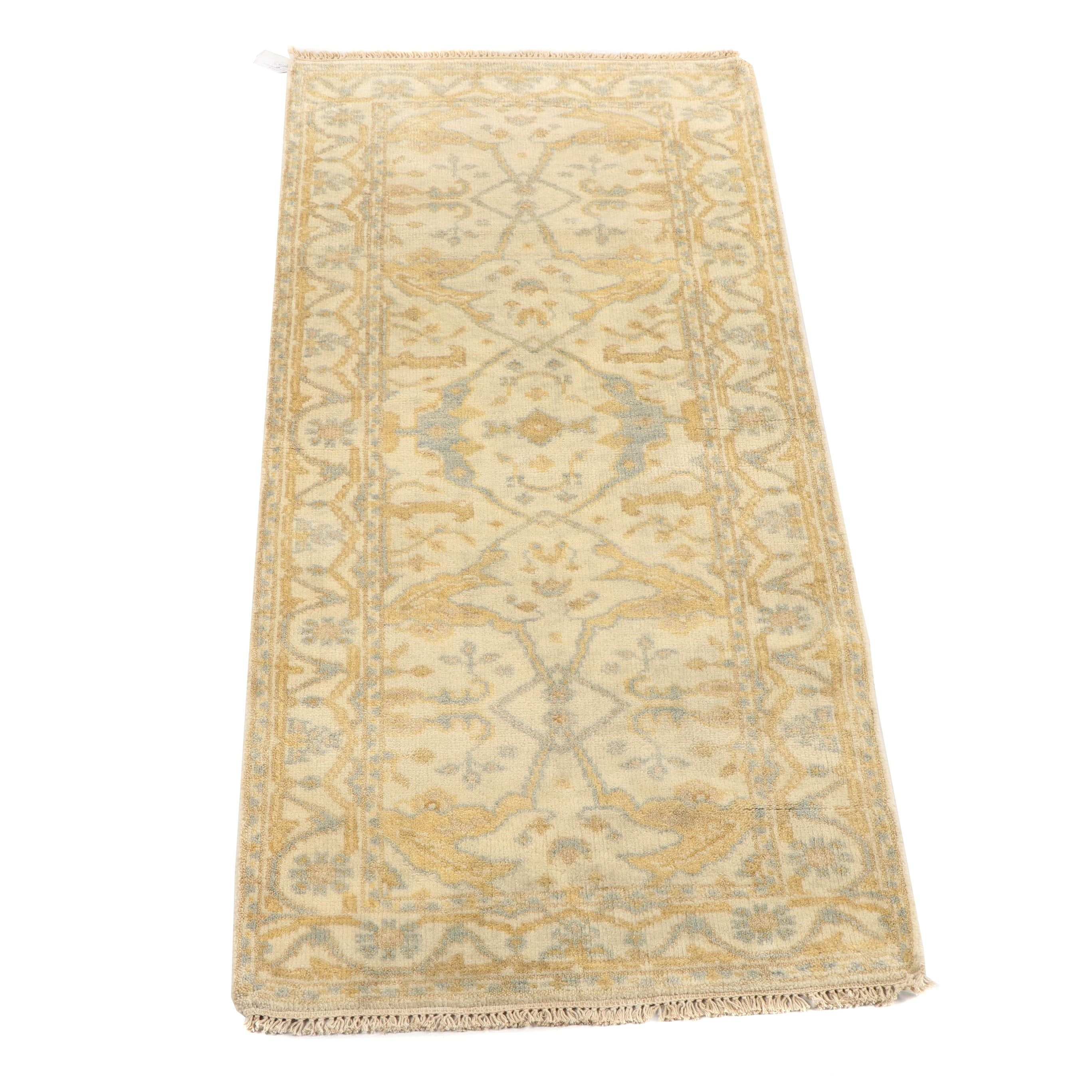 Hand-Knotted Indo-Oushak Wool Accent Rug