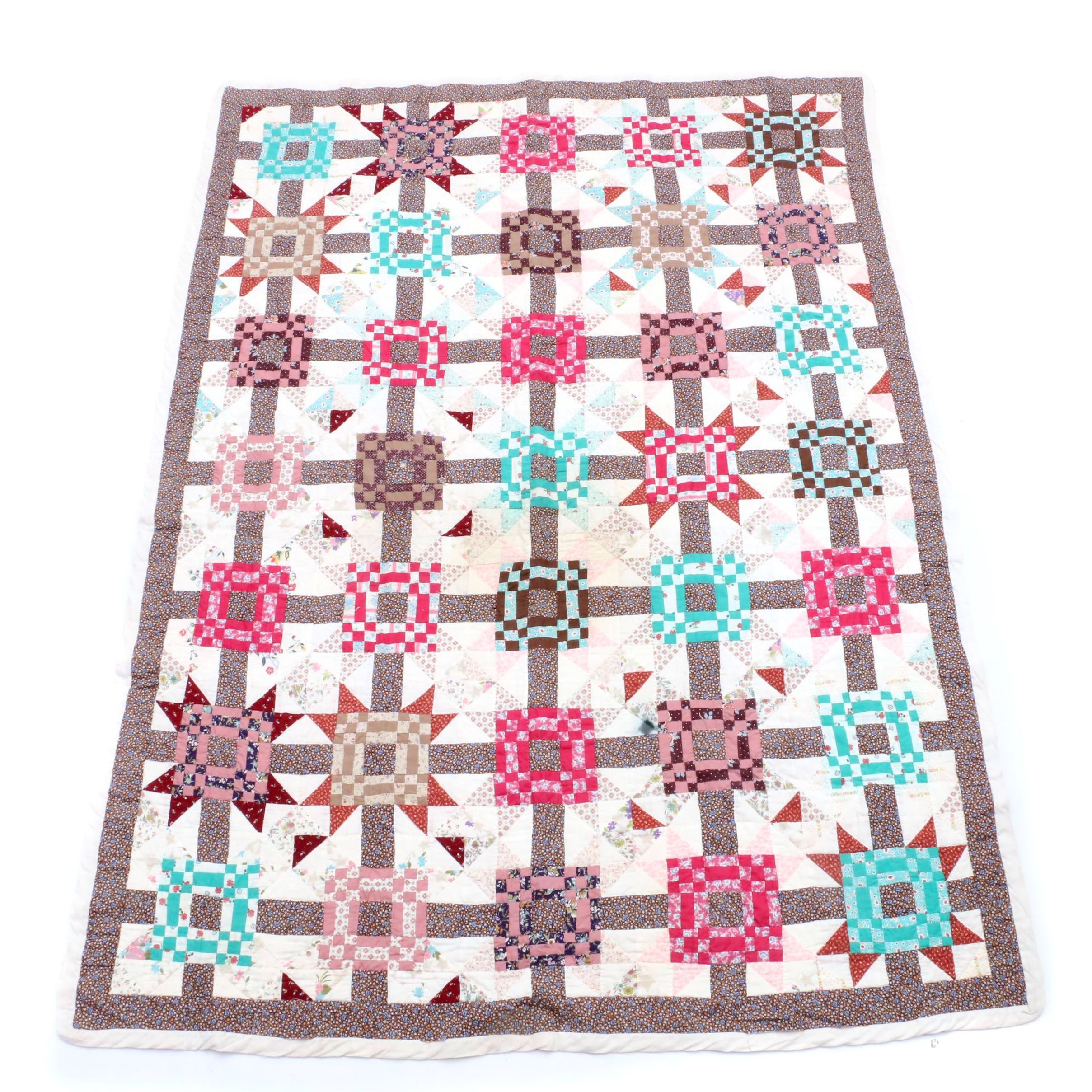 """Handcrafted """"Christmas Star"""" Quilt"""