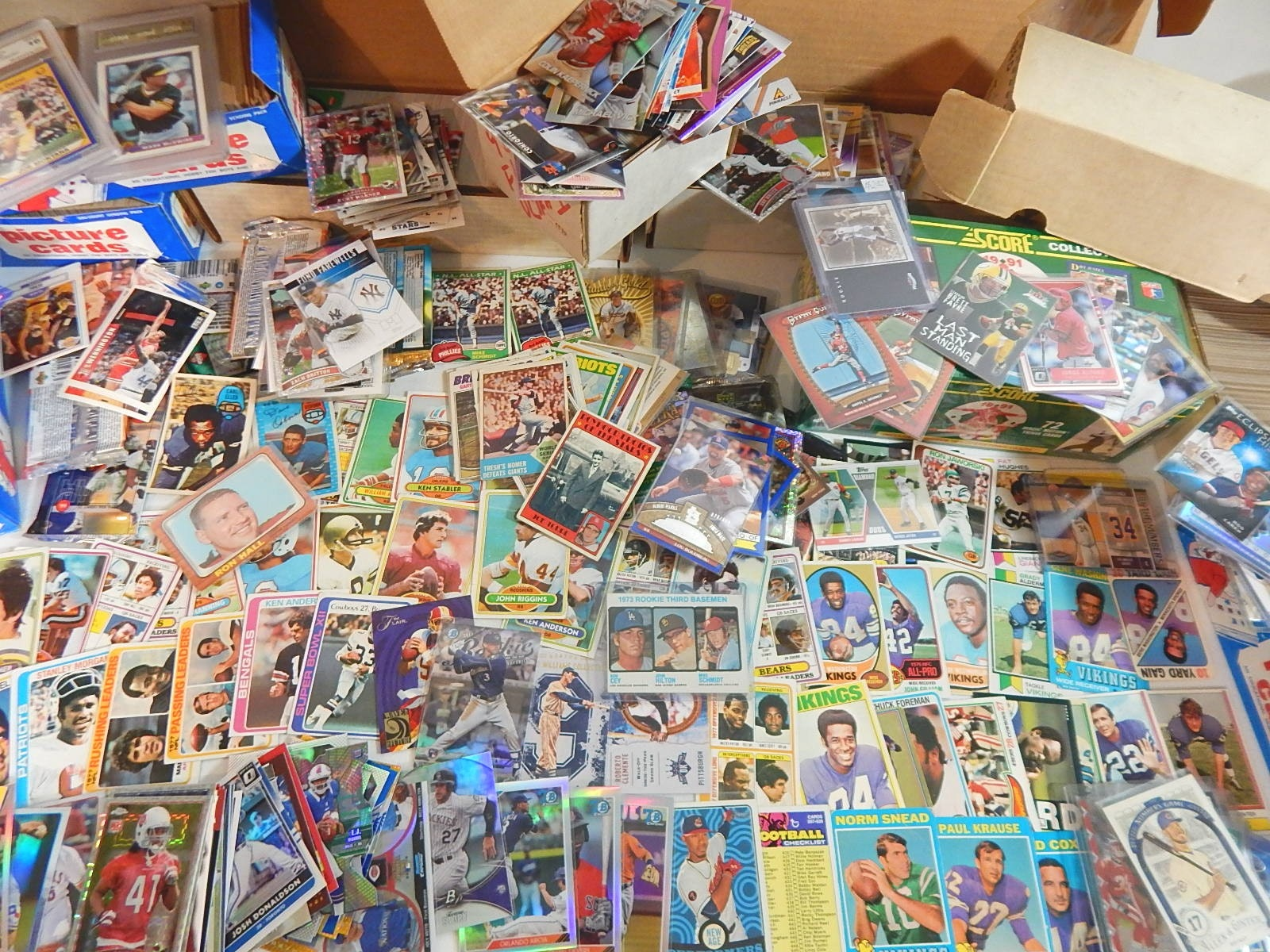 Large Sports Card Collection Mostly 1980s w/ Schmidt RC - Around 5000 Card Count