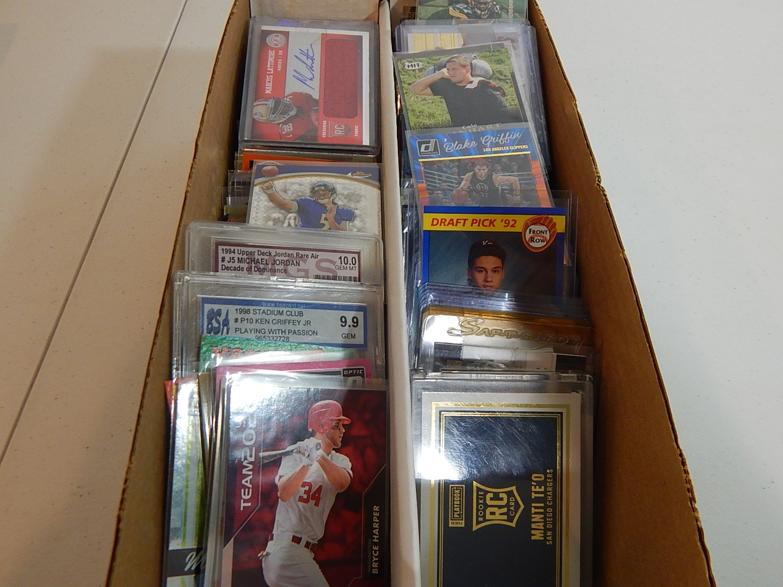 1600 Count Box of Star and Rookie Sports Cards - Over 300 Count Lot