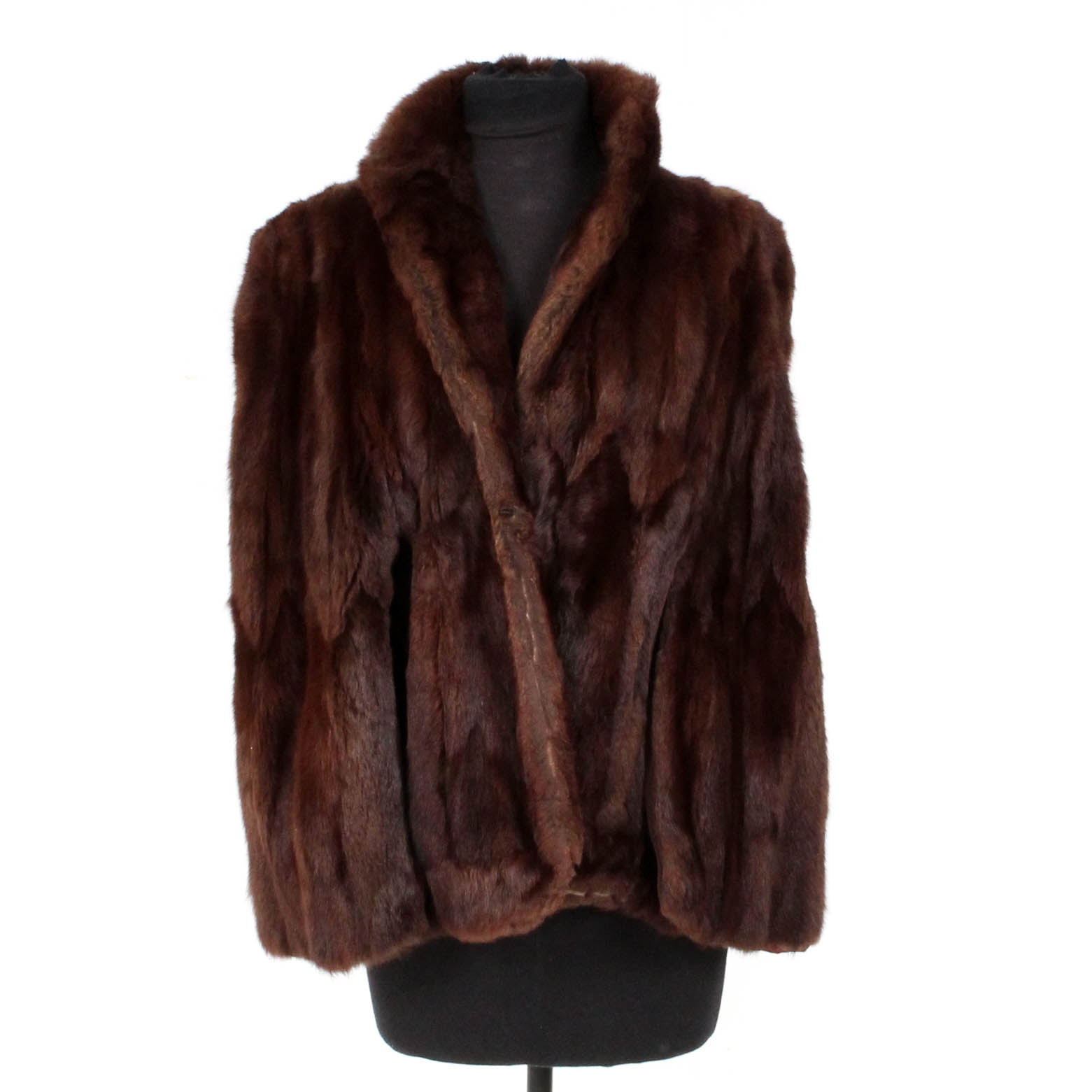 Lazarus Dyed Mahogany Squirrel Fur Cape