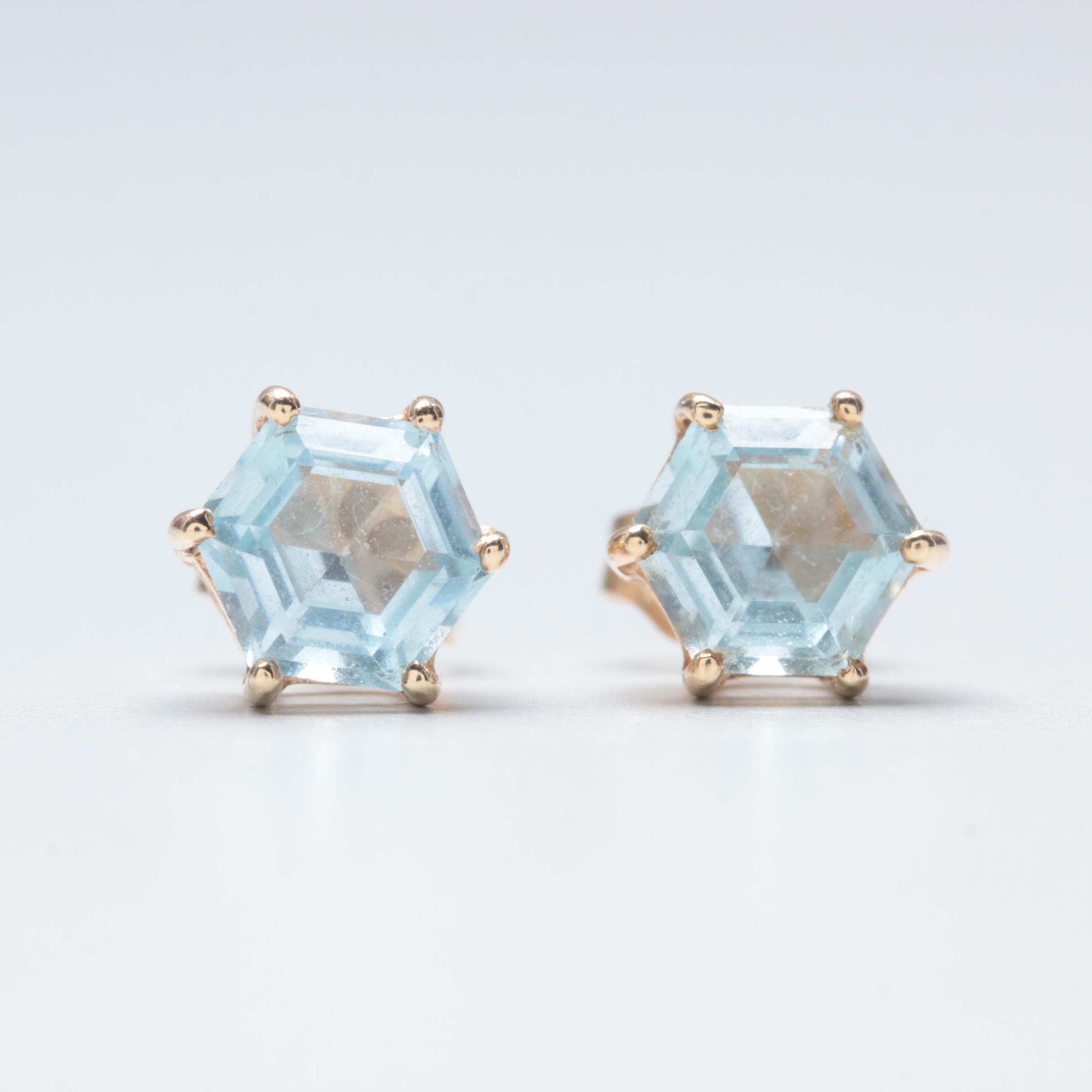 14K Yellow Gold Blue Topaz Stud Earrings