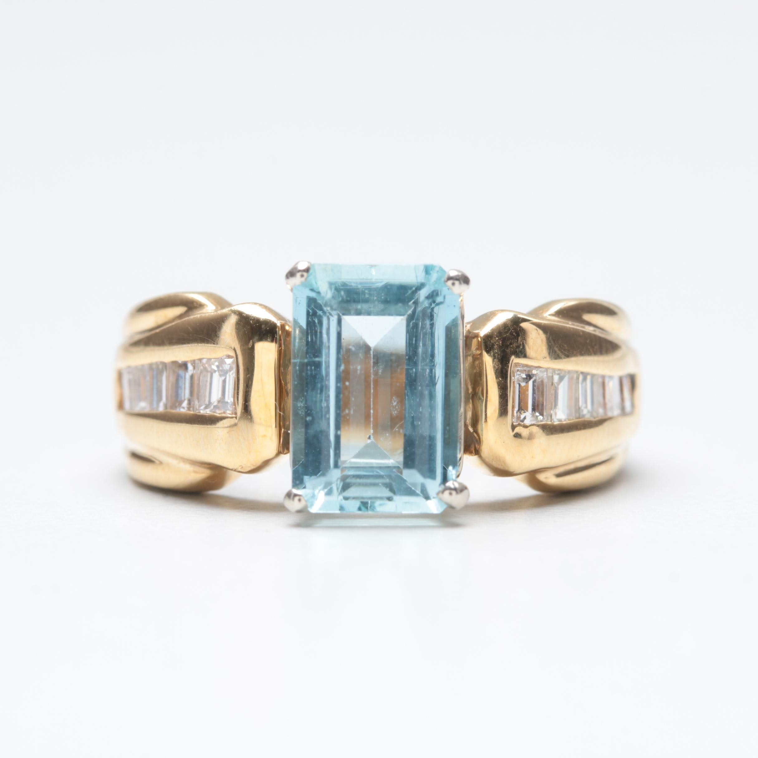 18K Yellow Gold Aquamarine and Diamond Ring