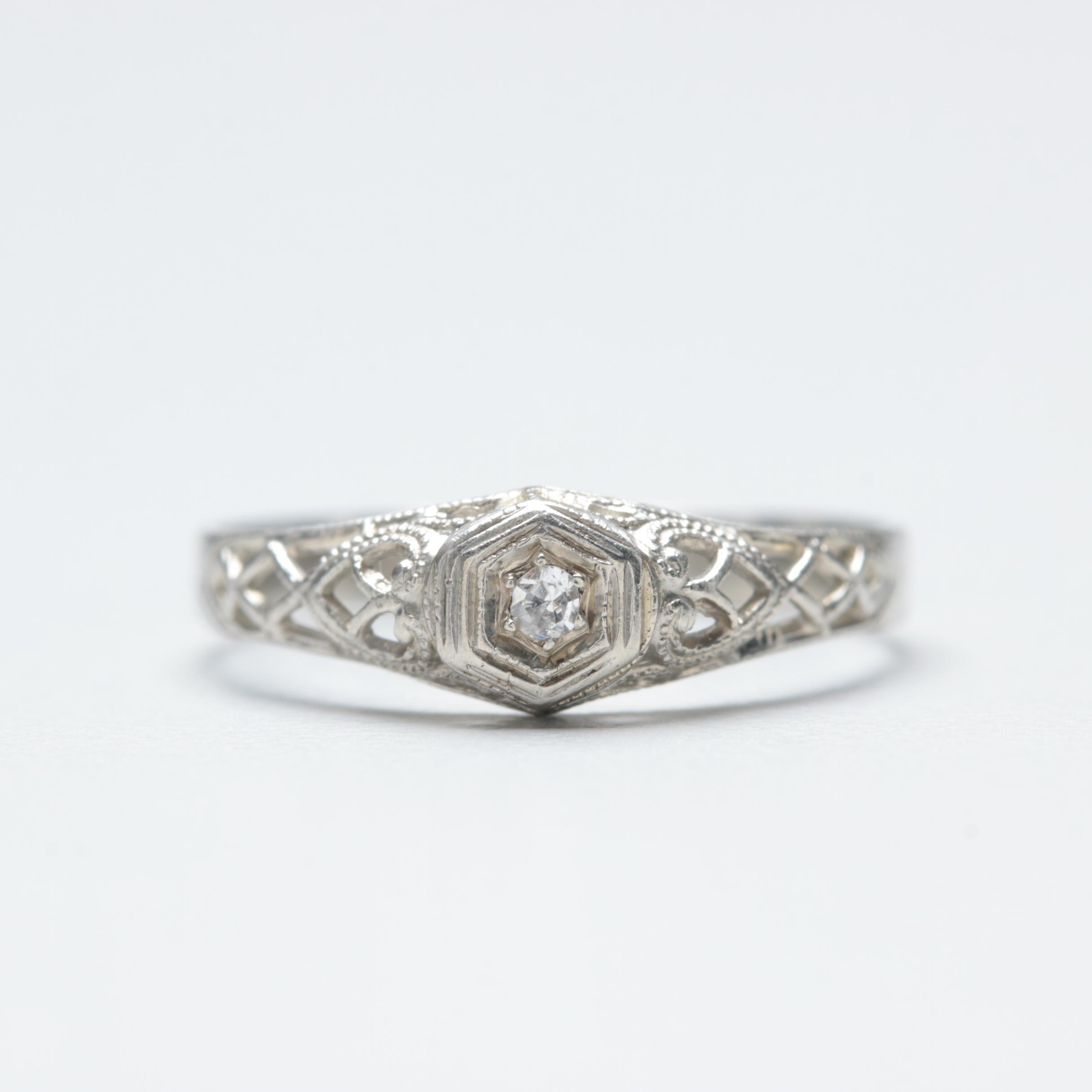 18K White Gold Diamond Solitaire Openwork Ring