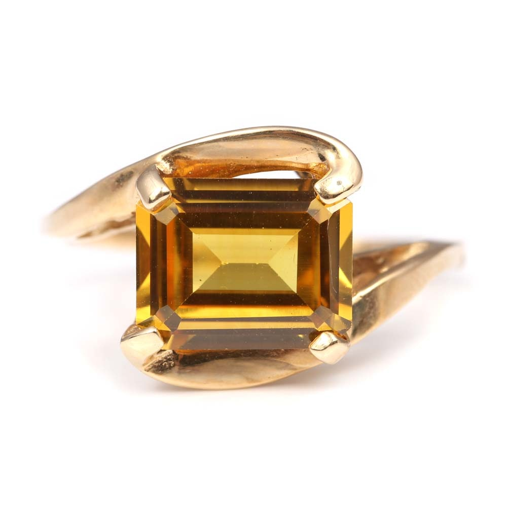 Vintage 10K Yellow Gold 3.12 CT Synthetic Yellow Sapphire Ring