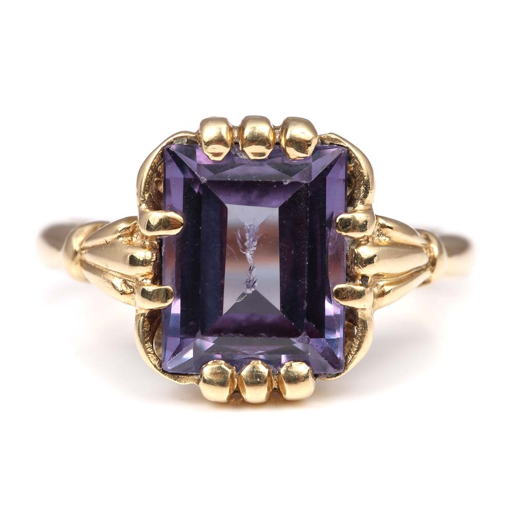 Vintage 10K Yellow Gold Synthetic Color Change Sapphire Ring