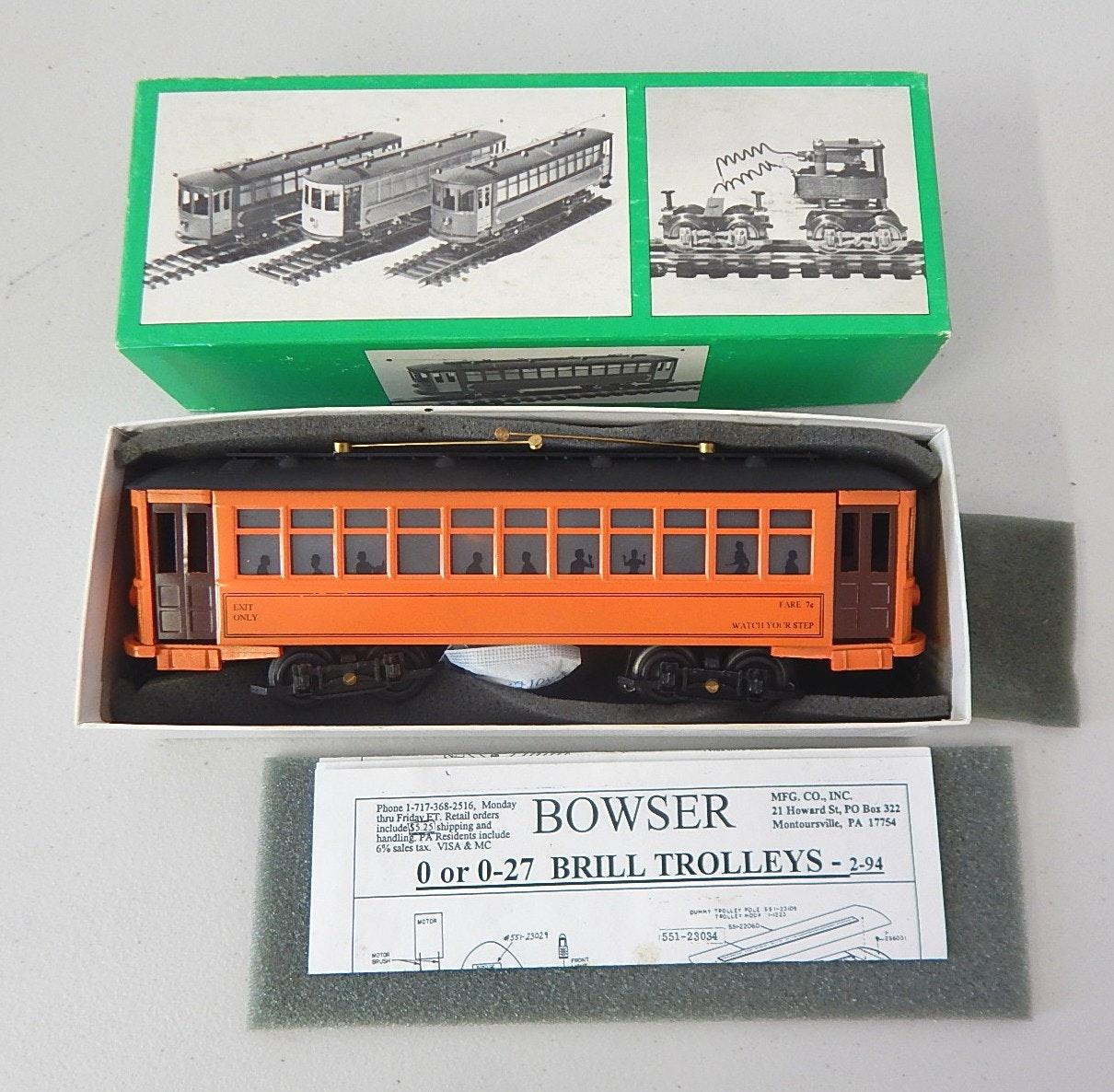 Bowser O-Gauge Brill Trolley Train #551-50122 with Box