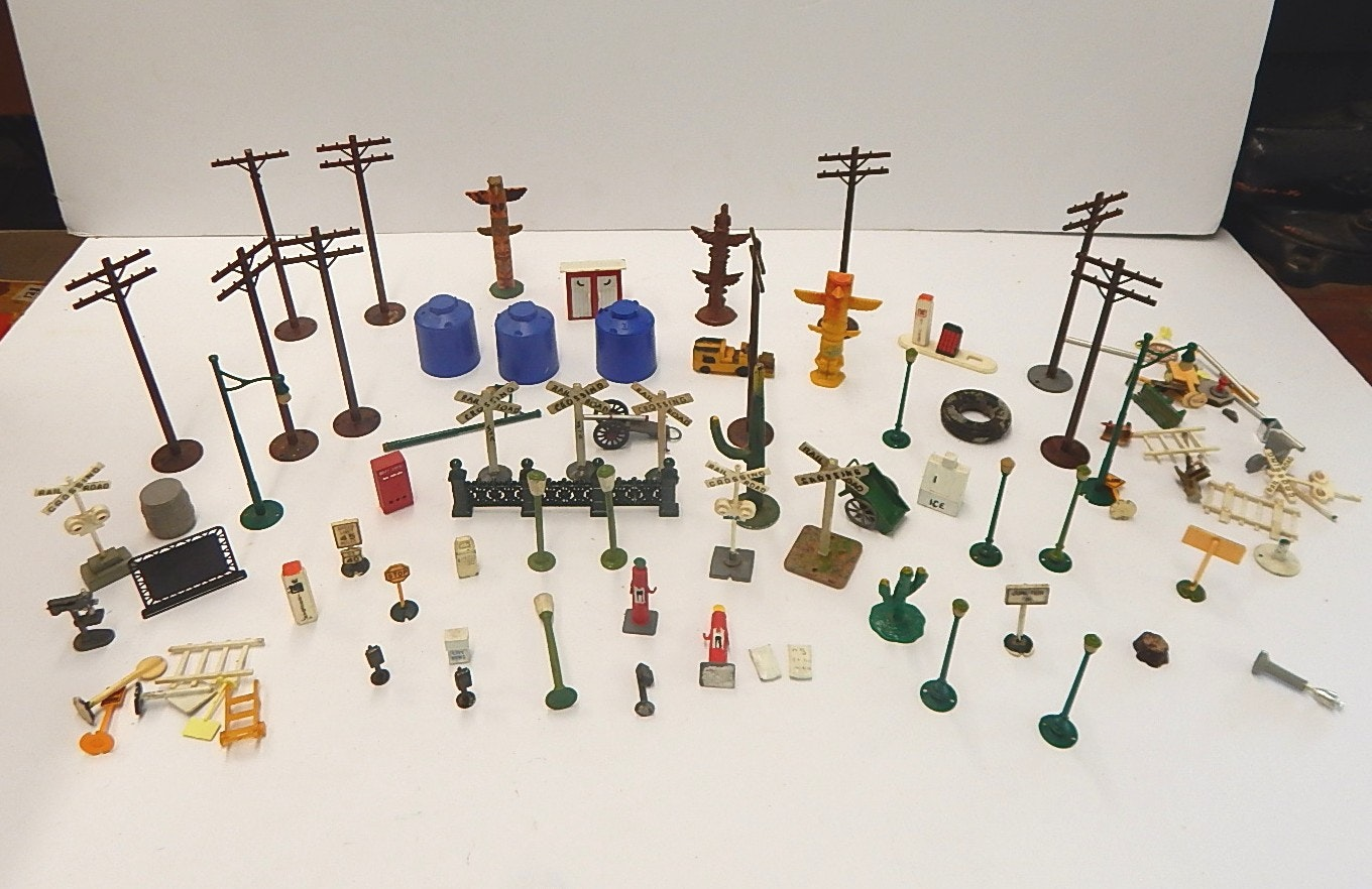 Vintage Train Accessories with Metal, Lead, and Plastic from 1950's, 60's, 70's