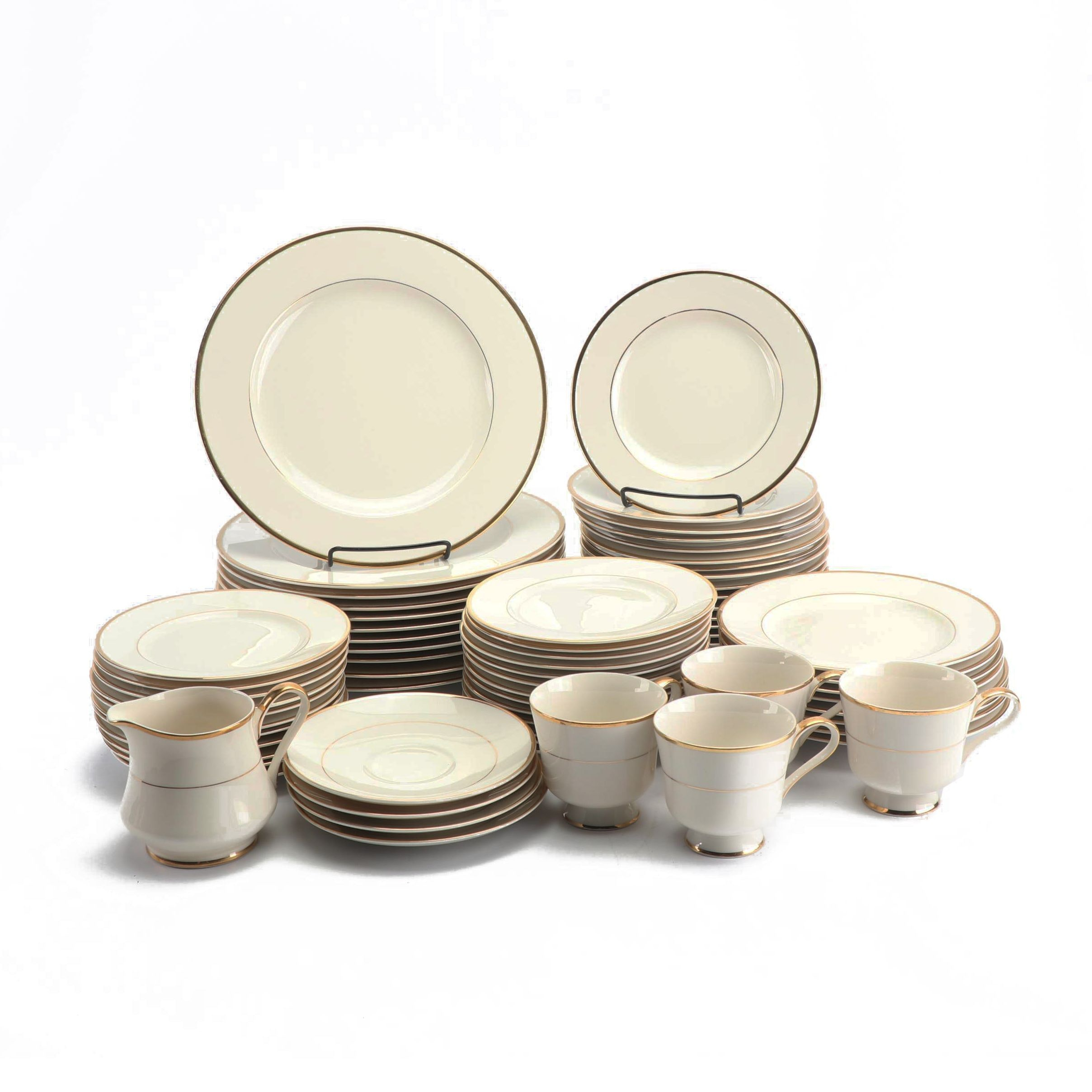 "Royal Castle ""Socialite"" Porcelain Dinnerware"