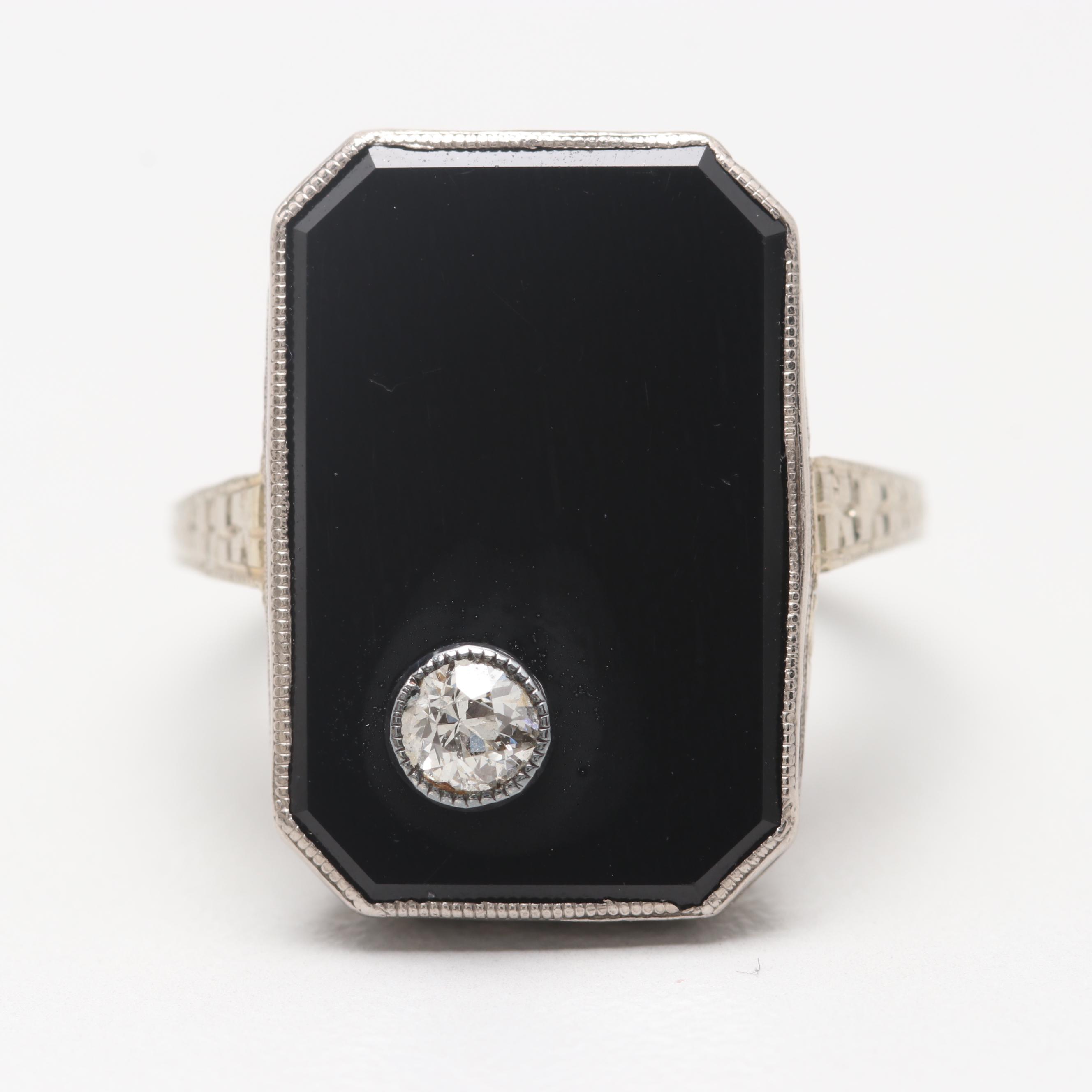 18K White Gold Diamond and Black Onyx Ring
