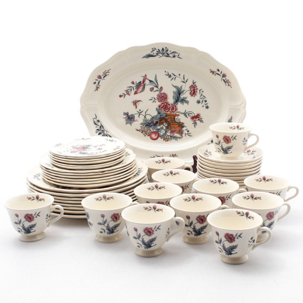 "Wedgwood ""Williamsburg Potpourri"" Earthenware Dinnerware"