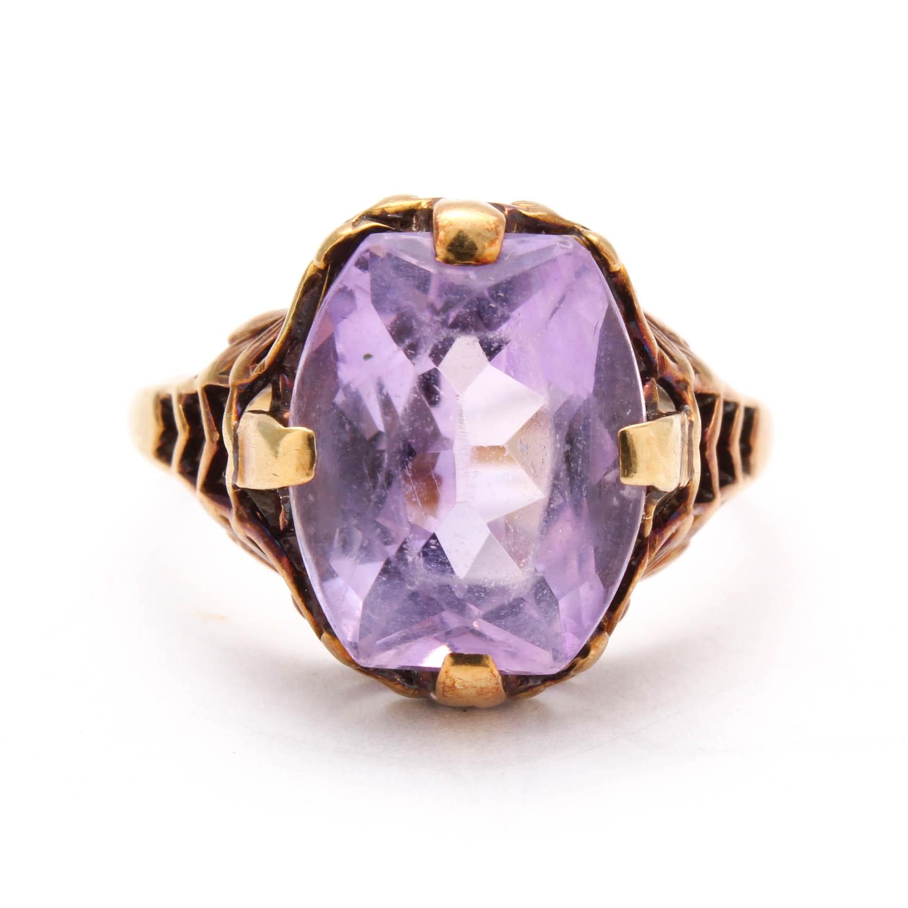 Vintage 14K Yellow Gold Amethyst Ring