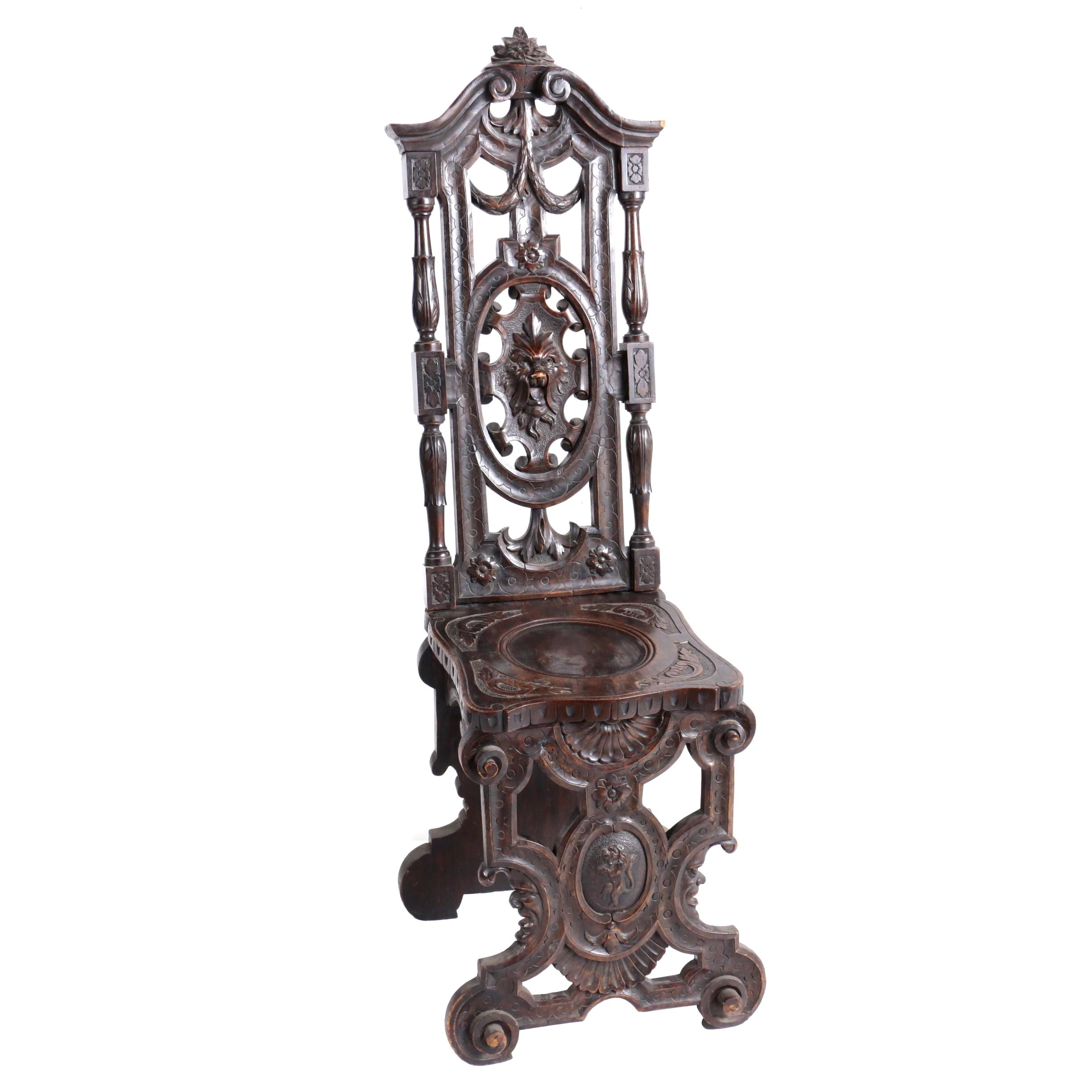 Renaissance Revival Walnut Hall Chair, Late 19th Century