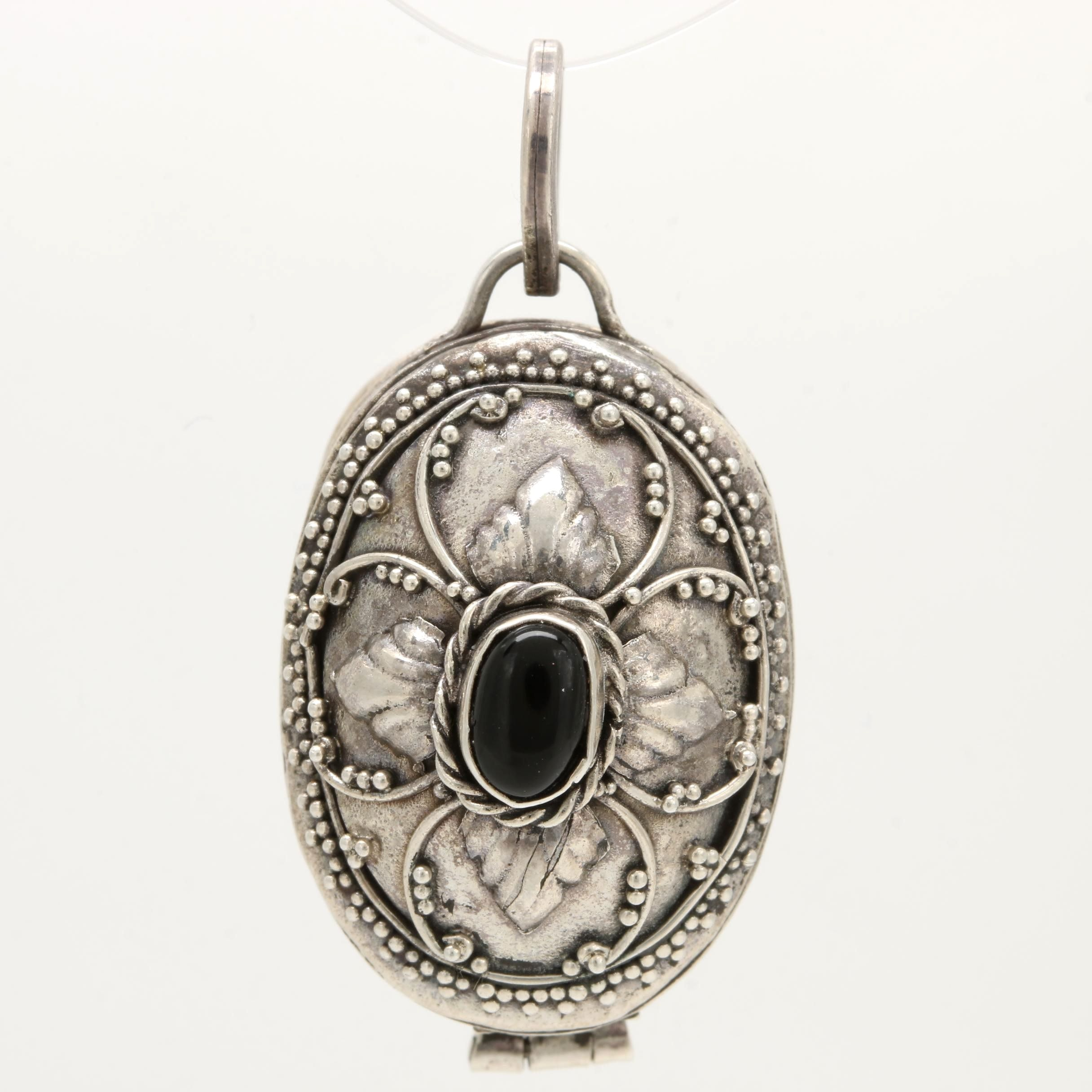 Sterling Silver Onyx Beaded Design Pendant