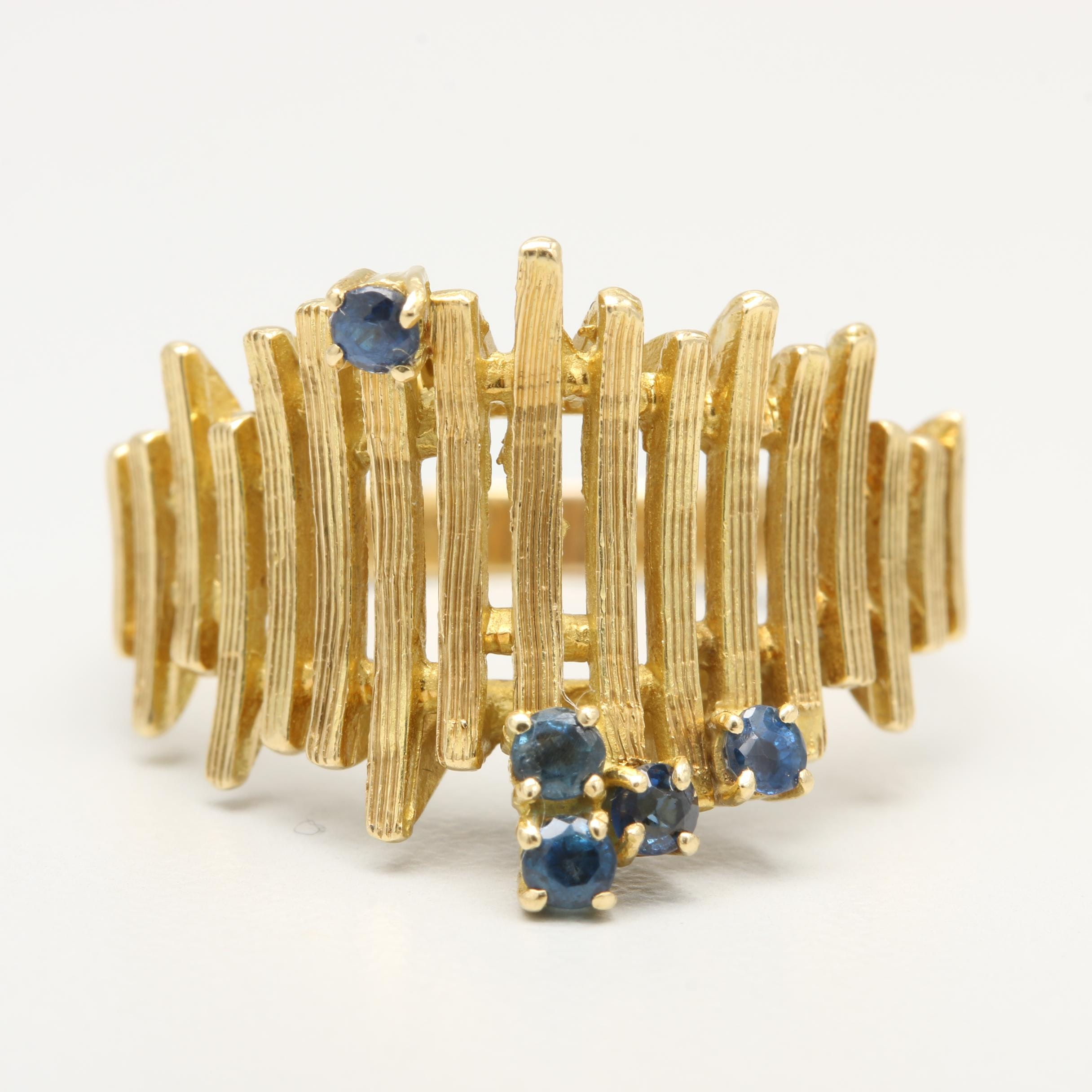 Circa 1960s-1970s 18K Yellow Gold Blue Sapphire Ring