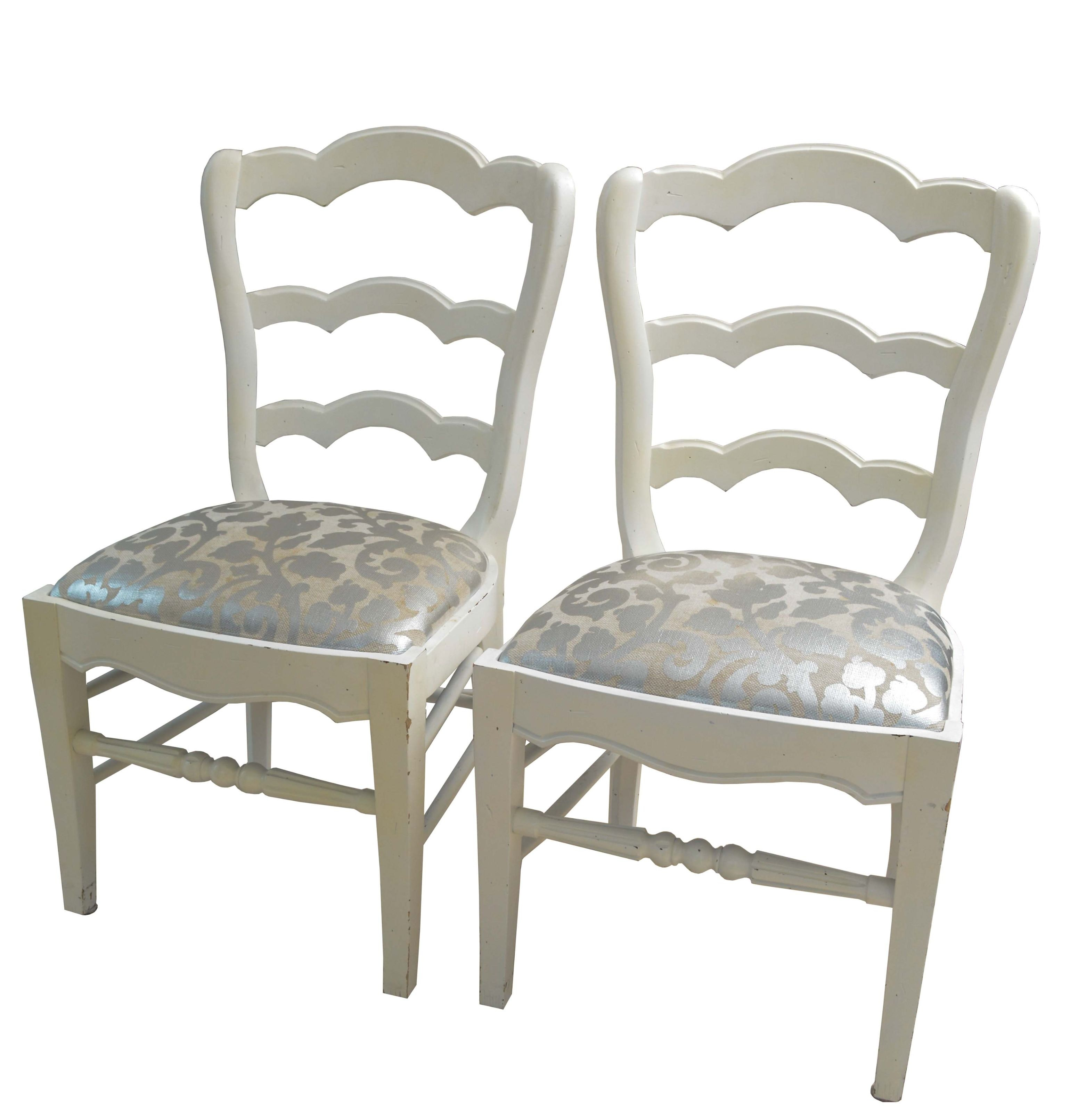 White Scallop Ladder Back Chair Pair with Silver Upholstered Seats