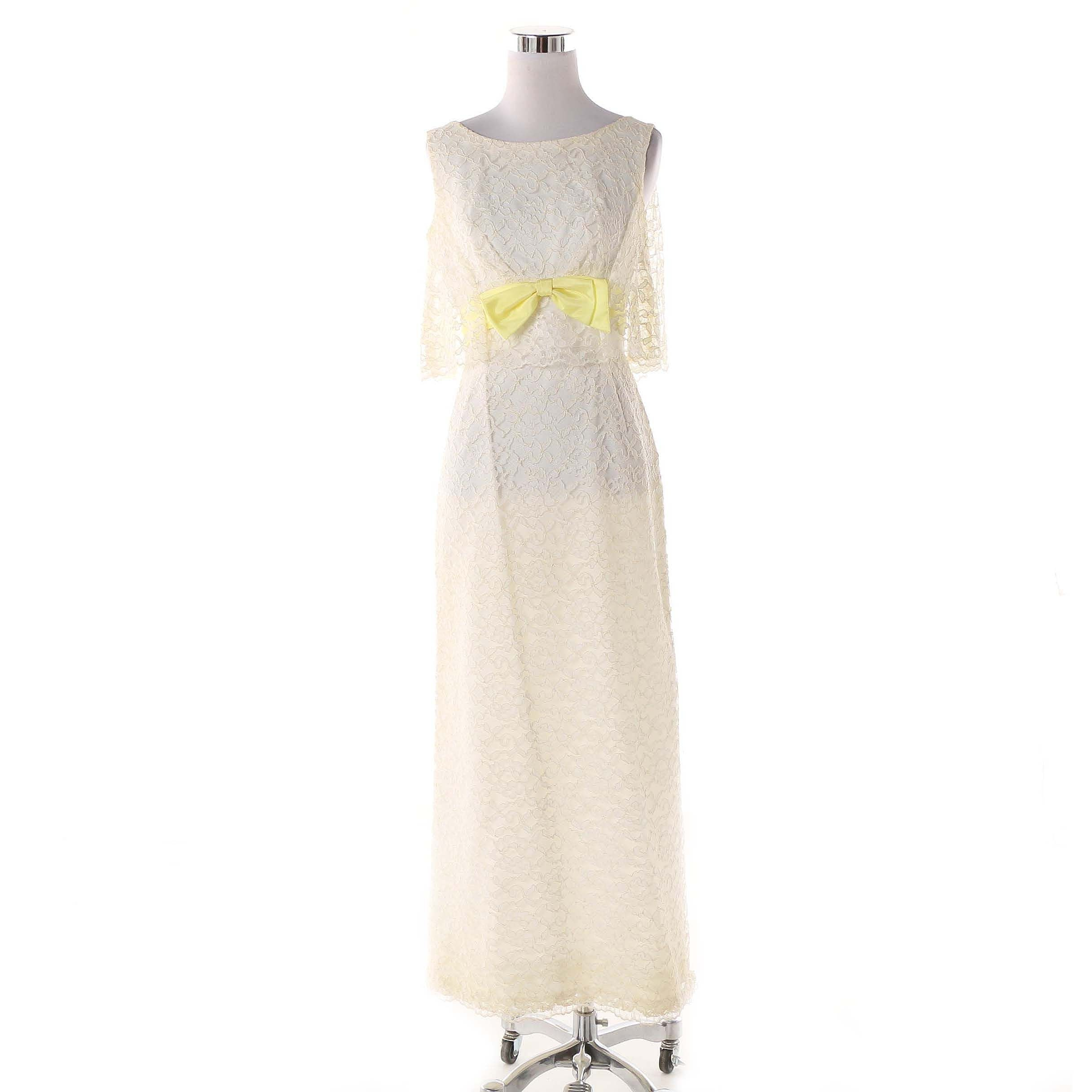Women's Vintage Overlay Bodice Lace Gown with Yellow Bow