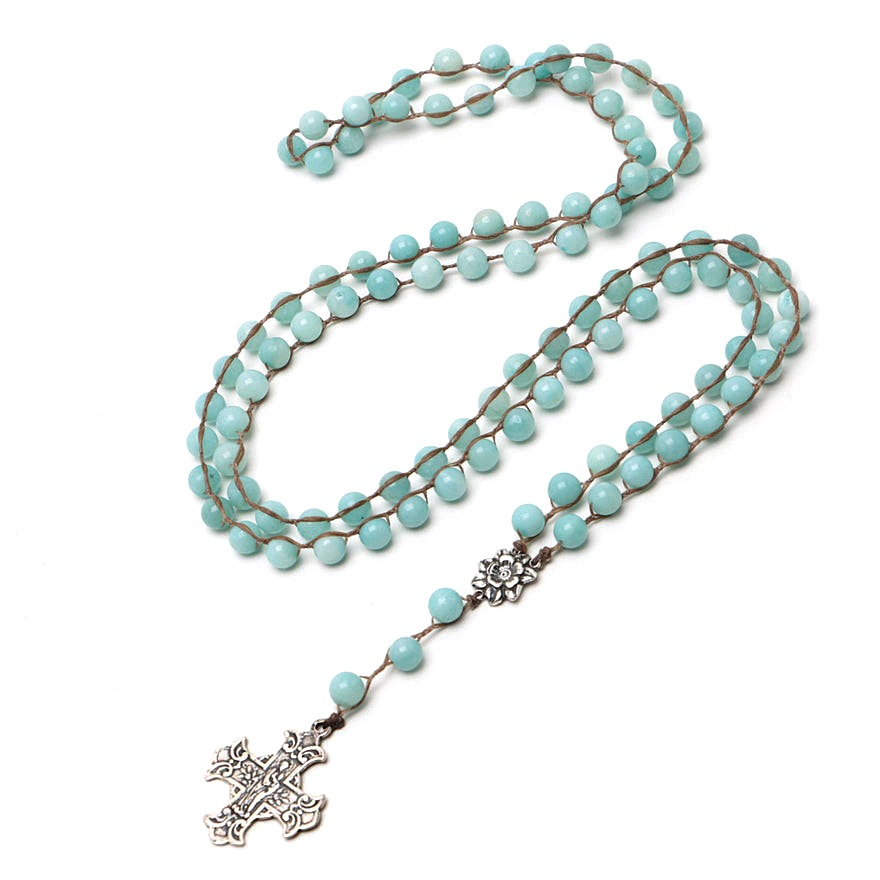 Dyed Quartz Beaded Pendant Necklace